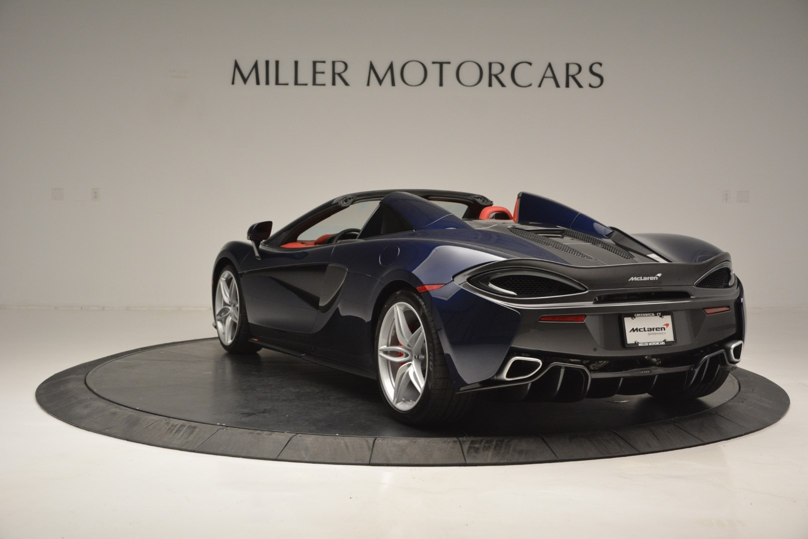 New 2019 McLaren 570S Spider Convertible For Sale In Greenwich, CT 2727_p5