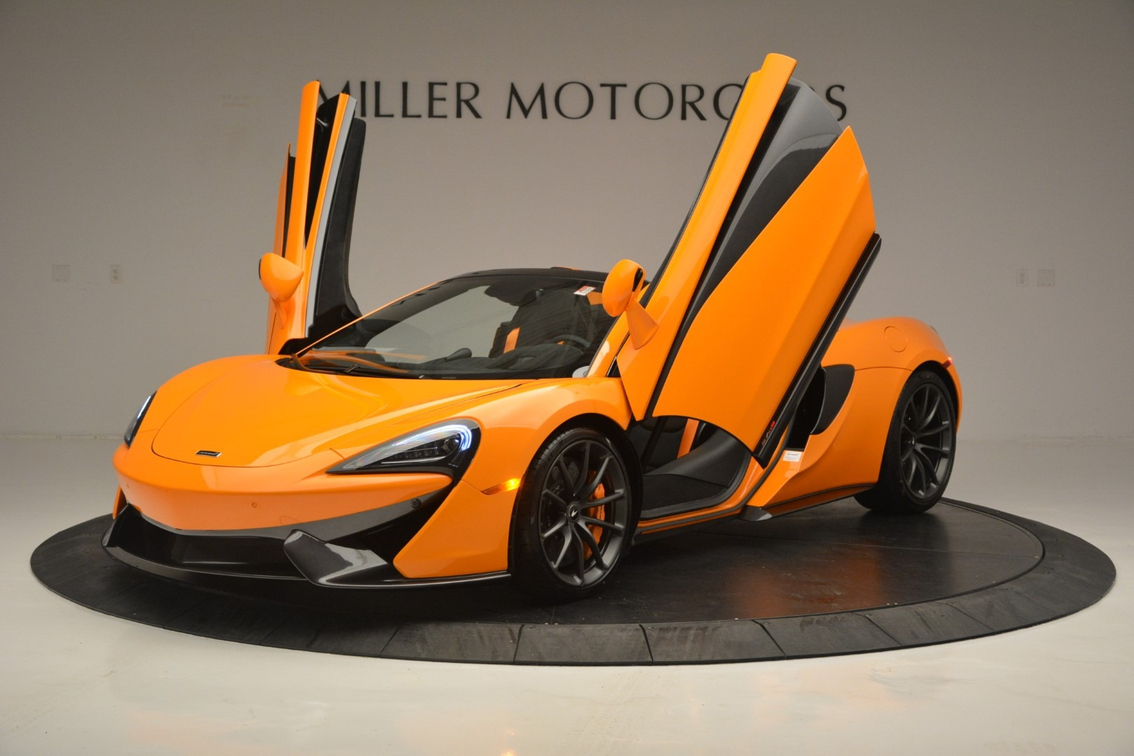 New 2019 McLaren 570S Convertible For Sale In Greenwich, CT 2728_p14