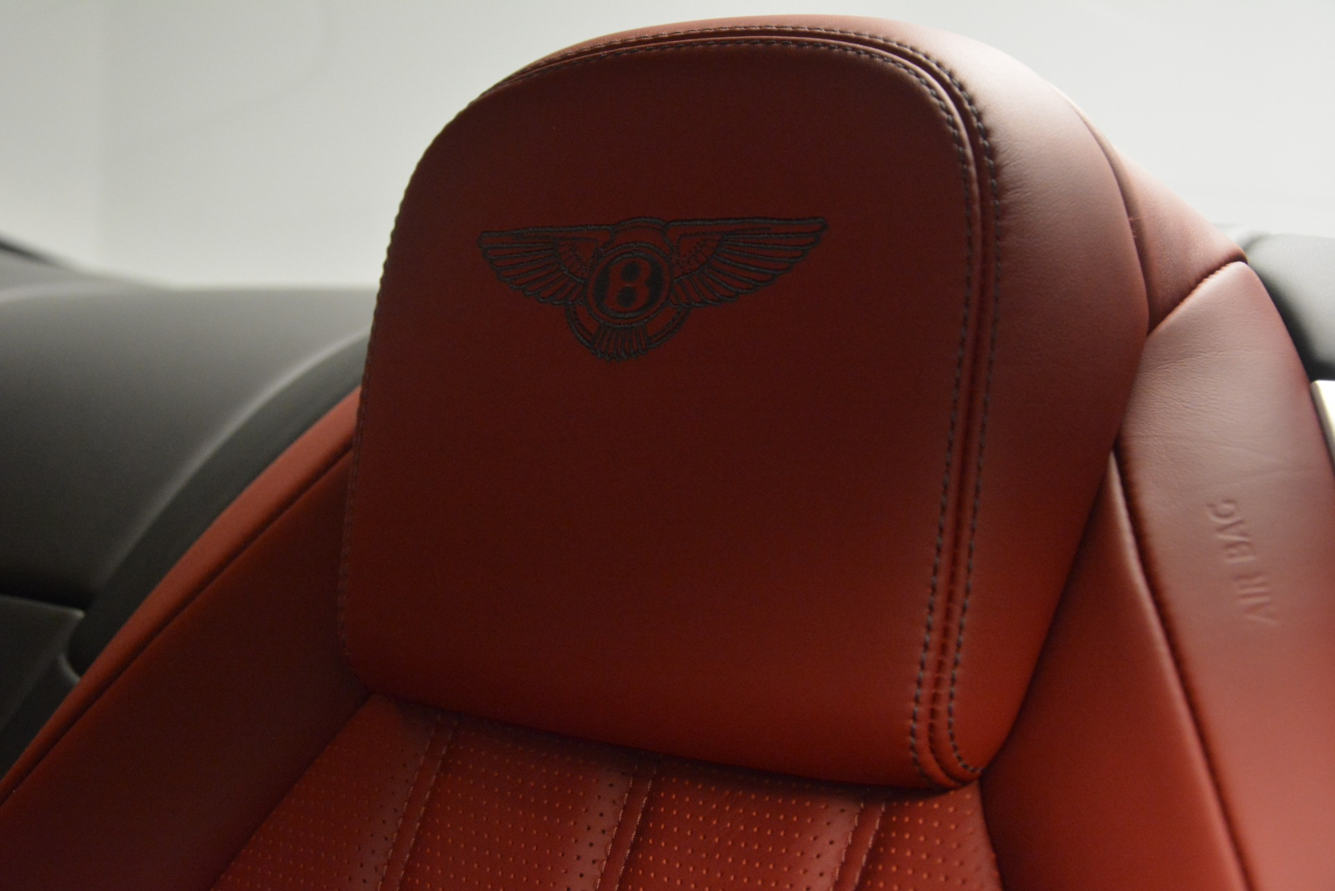Used 2015 Bentley Continental GT V8 For Sale In Greenwich, CT 2731_p20