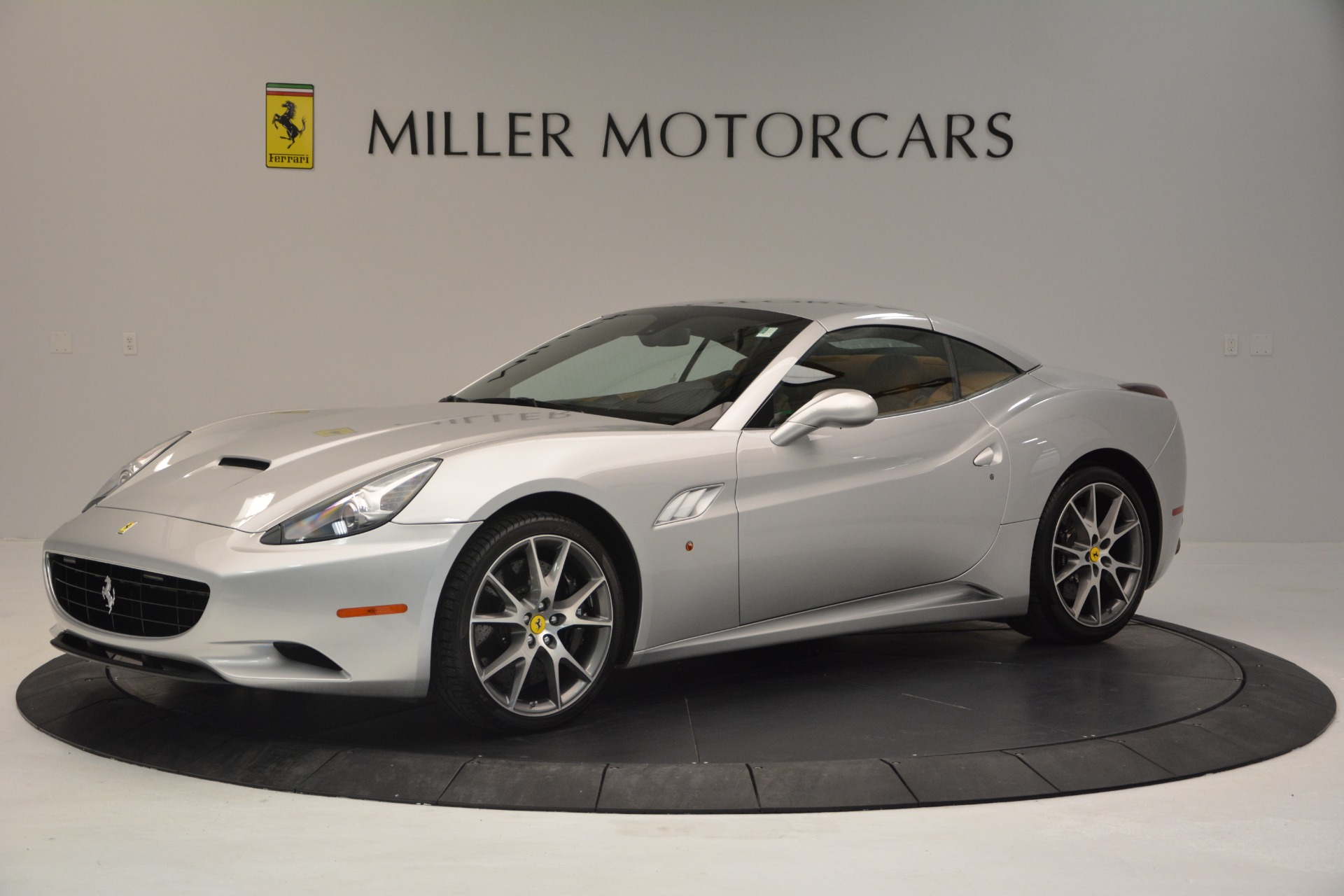 Used 2010 Ferrari California  For Sale In Greenwich, CT 2732_p14