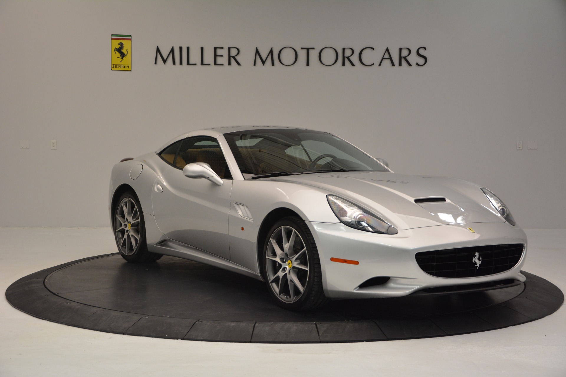 Used 2010 Ferrari California  For Sale In Greenwich, CT 2732_p23