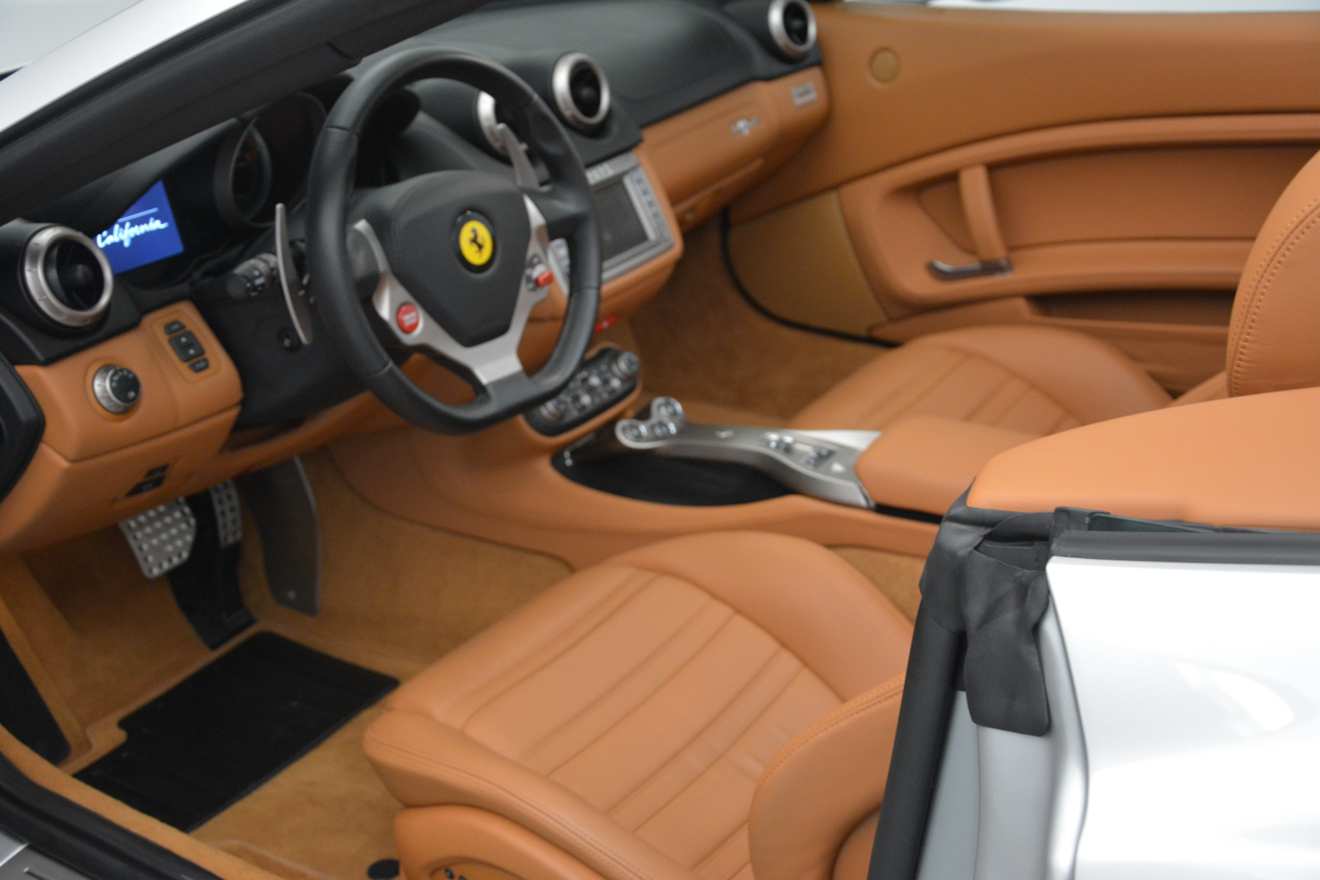 Used 2010 Ferrari California  For Sale In Greenwich, CT 2732_p25