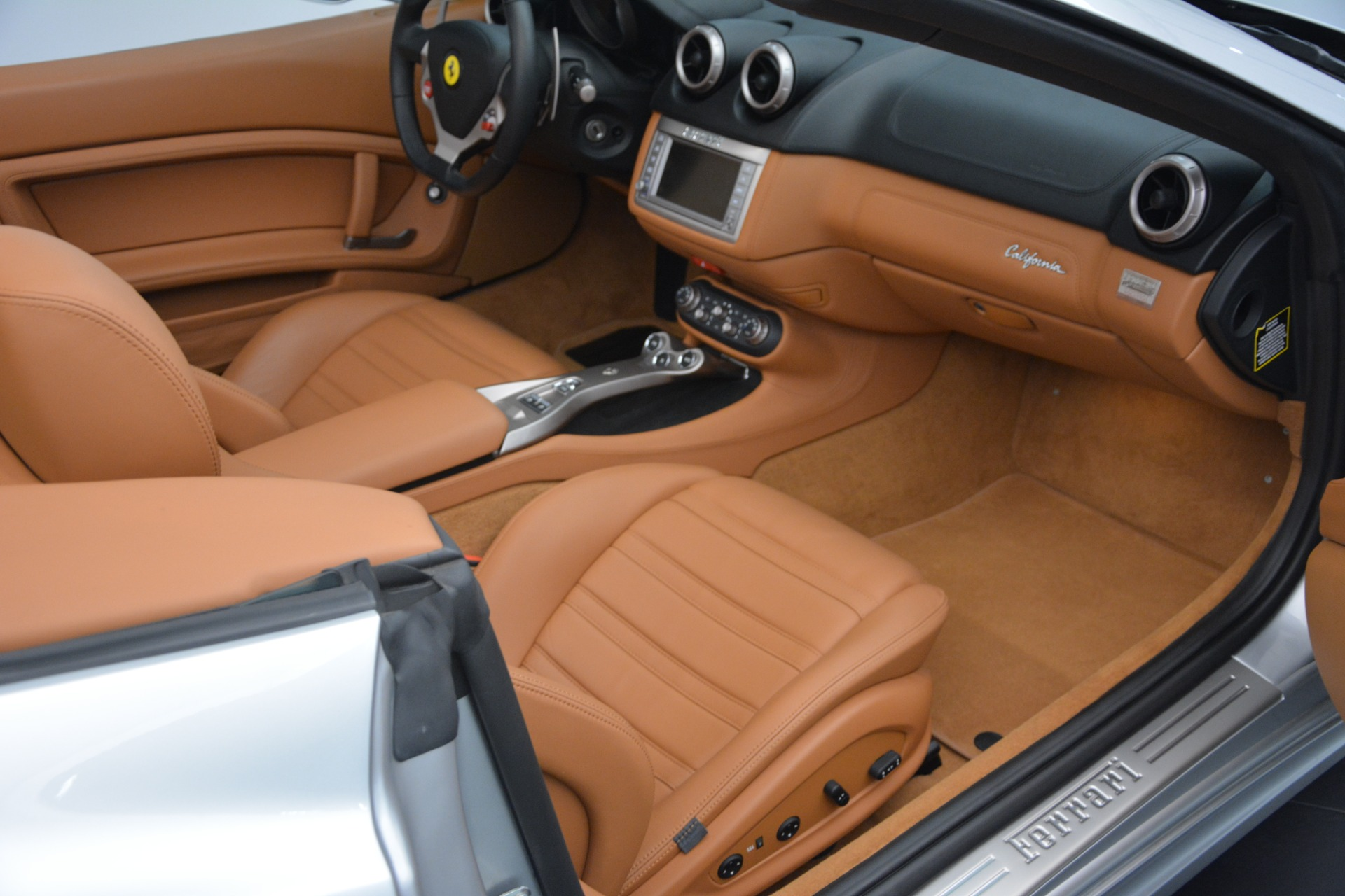 Used 2010 Ferrari California  For Sale In Greenwich, CT 2732_p30