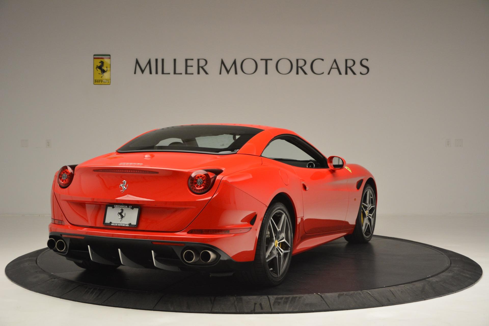 Used 2016 Ferrari California T  For Sale In Greenwich, CT 2734_p19
