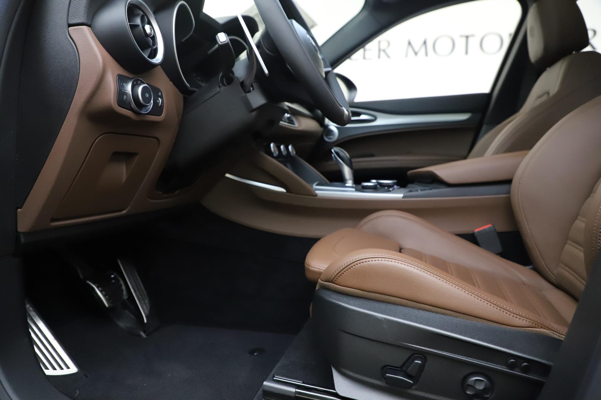 New 2019 Alfa Romeo Stelvio Ti Sport Q4 For Sale In Greenwich, CT 2744_p14