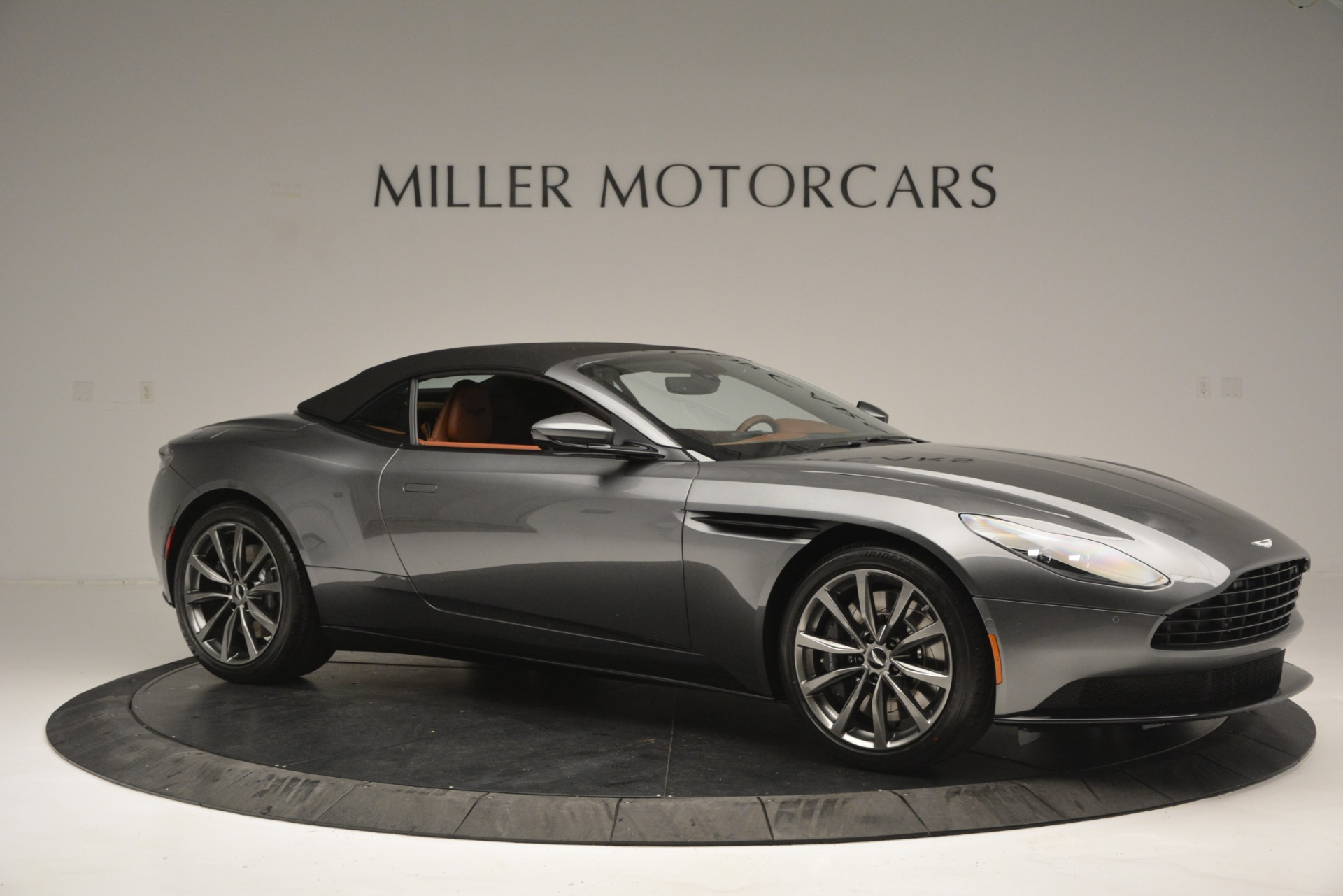 New 2019 Aston Martin DB11 V8 Convertible For Sale In Greenwich, CT 2762_p17