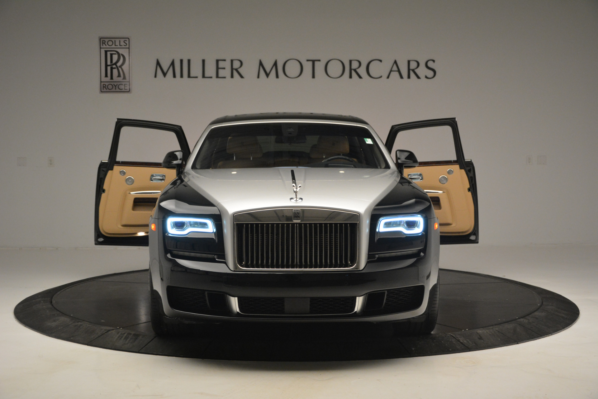 Used 2018 Rolls-Royce Ghost  For Sale In Greenwich, CT 2770_p12