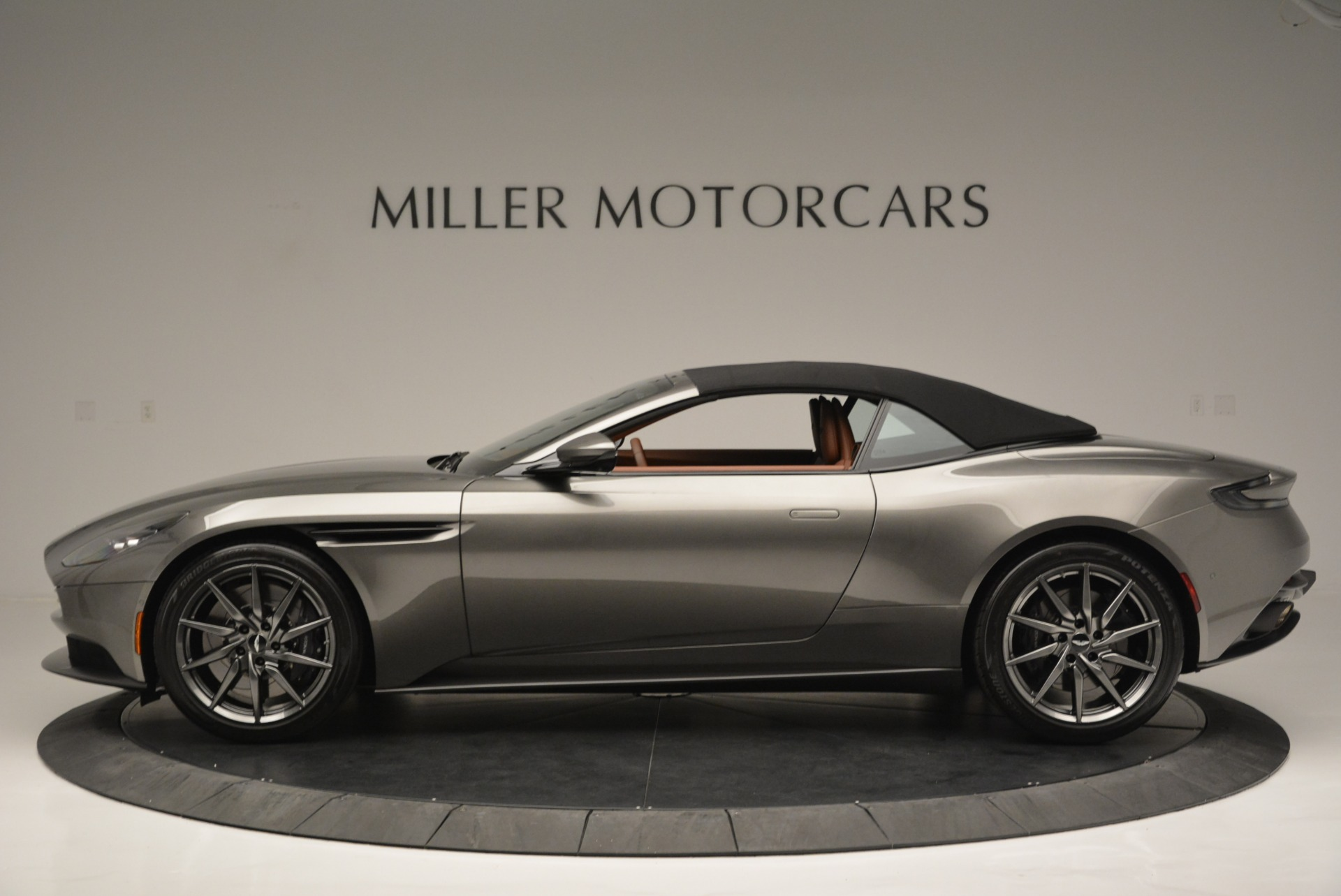 Used 2019 Aston Martin DB11 V8 Convertible For Sale In Greenwich, CT 2779_p15