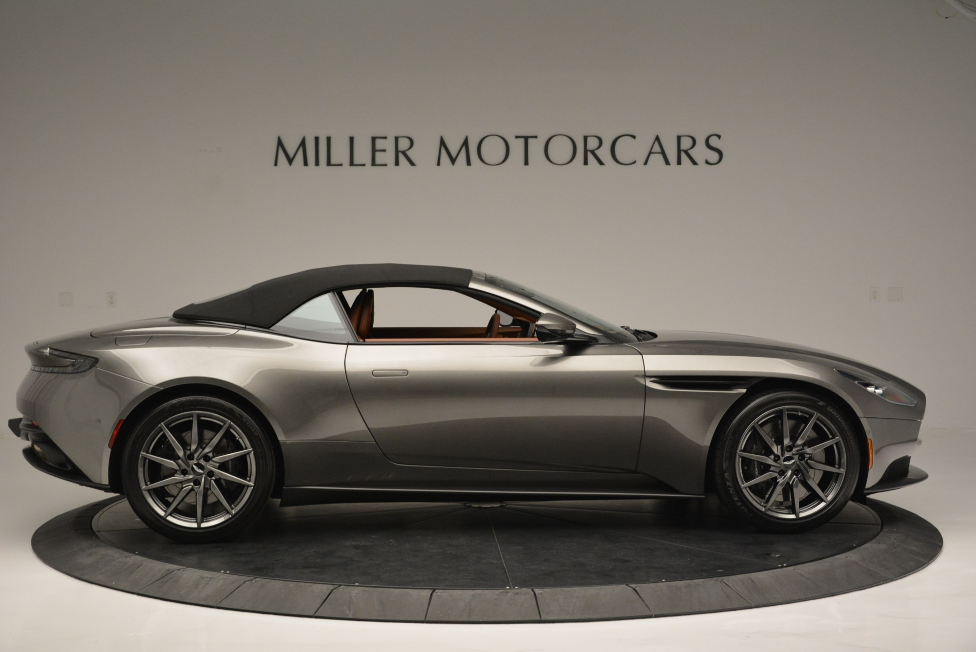Used 2019 Aston Martin DB11 V8 Convertible For Sale In Greenwich, CT 2779_p16