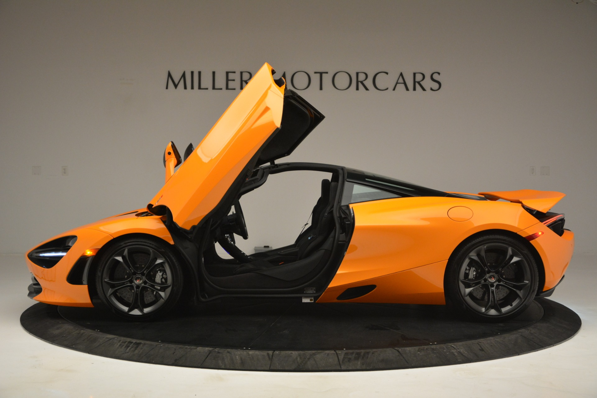 Used 2018 McLaren 720S Performance For Sale In Greenwich, CT 2780_p15