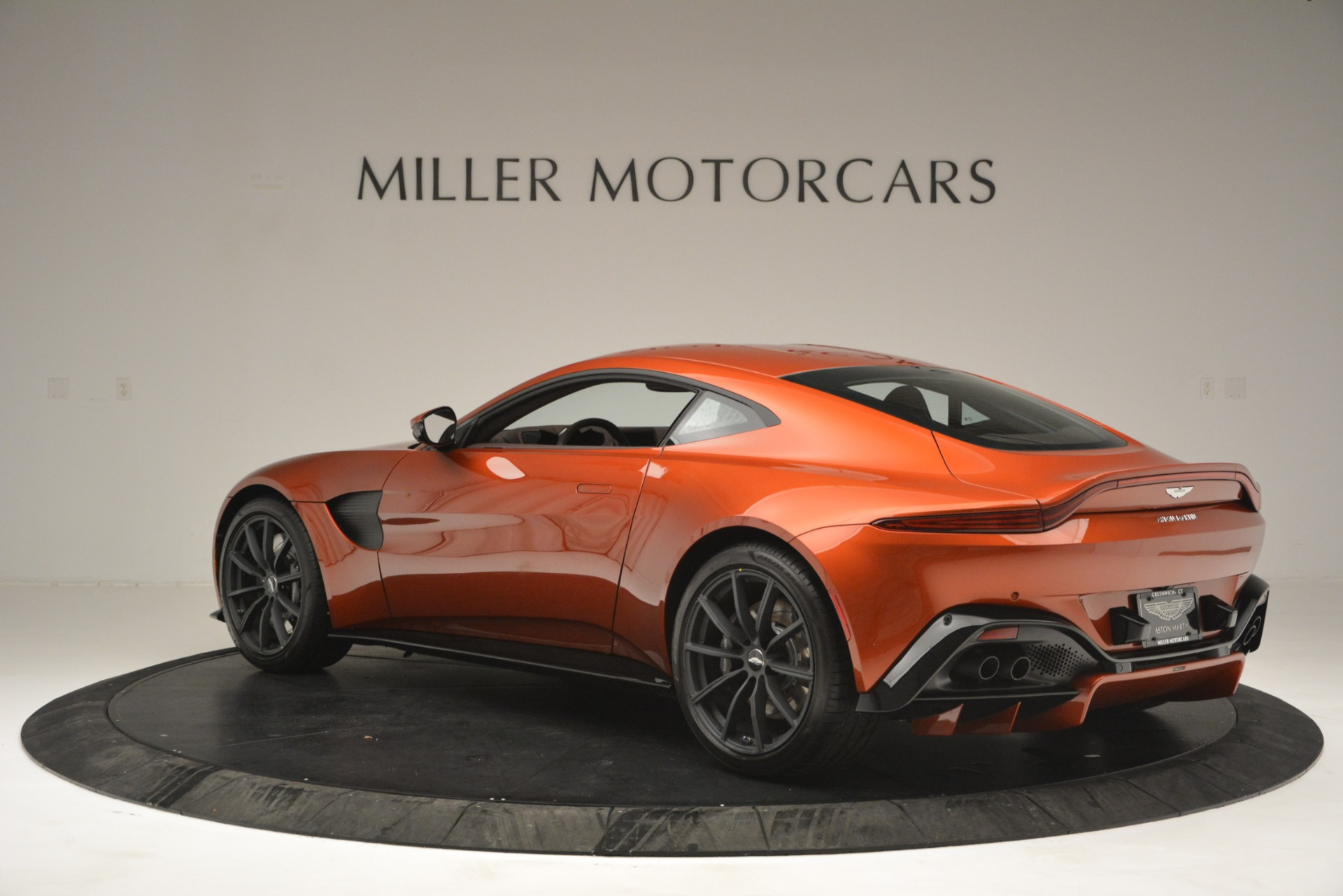 Used 2019 Aston Martin Vantage Coupe For Sale In Greenwich, CT 2784_p4