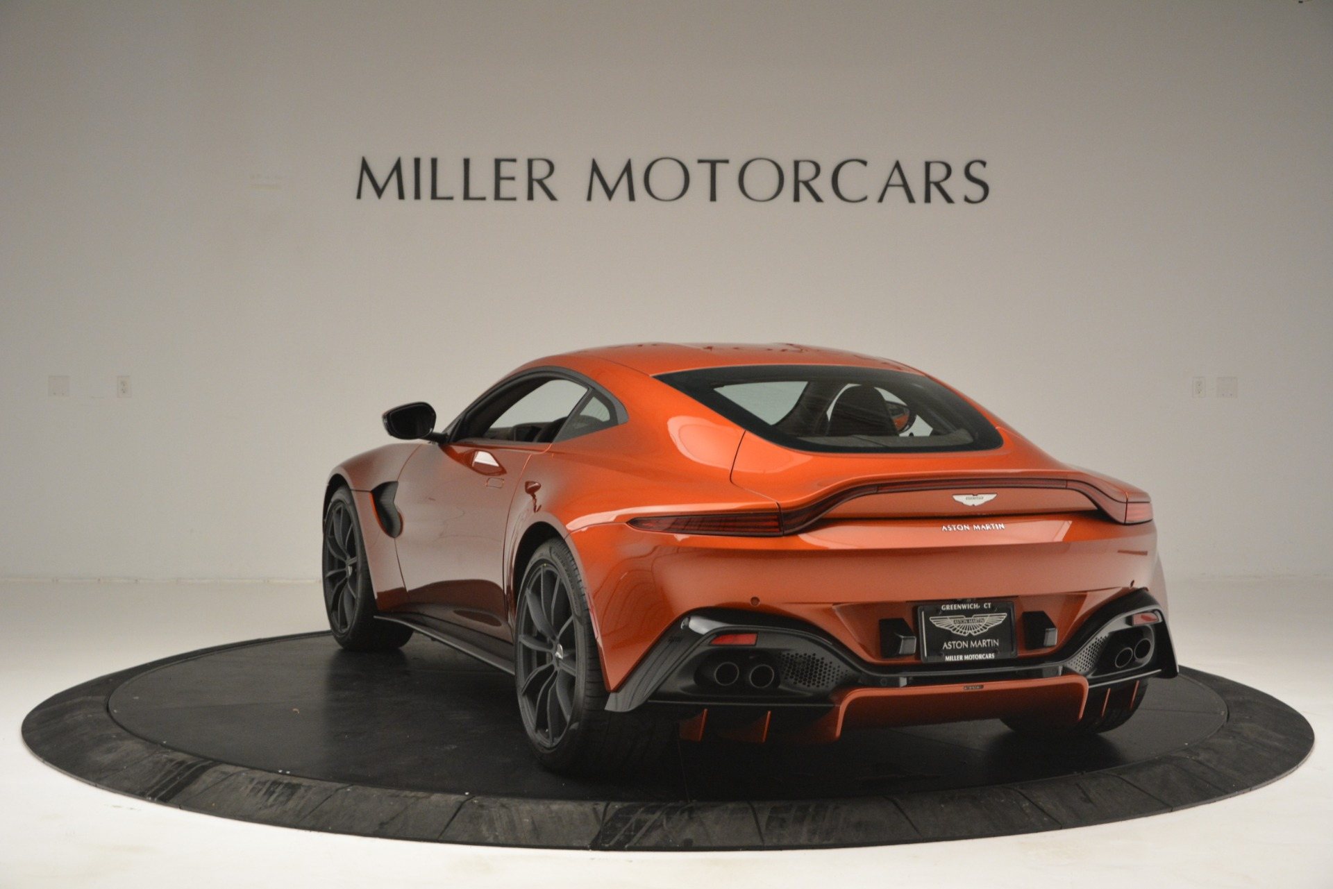 Used 2019 Aston Martin Vantage Coupe For Sale In Greenwich, CT 2784_p5