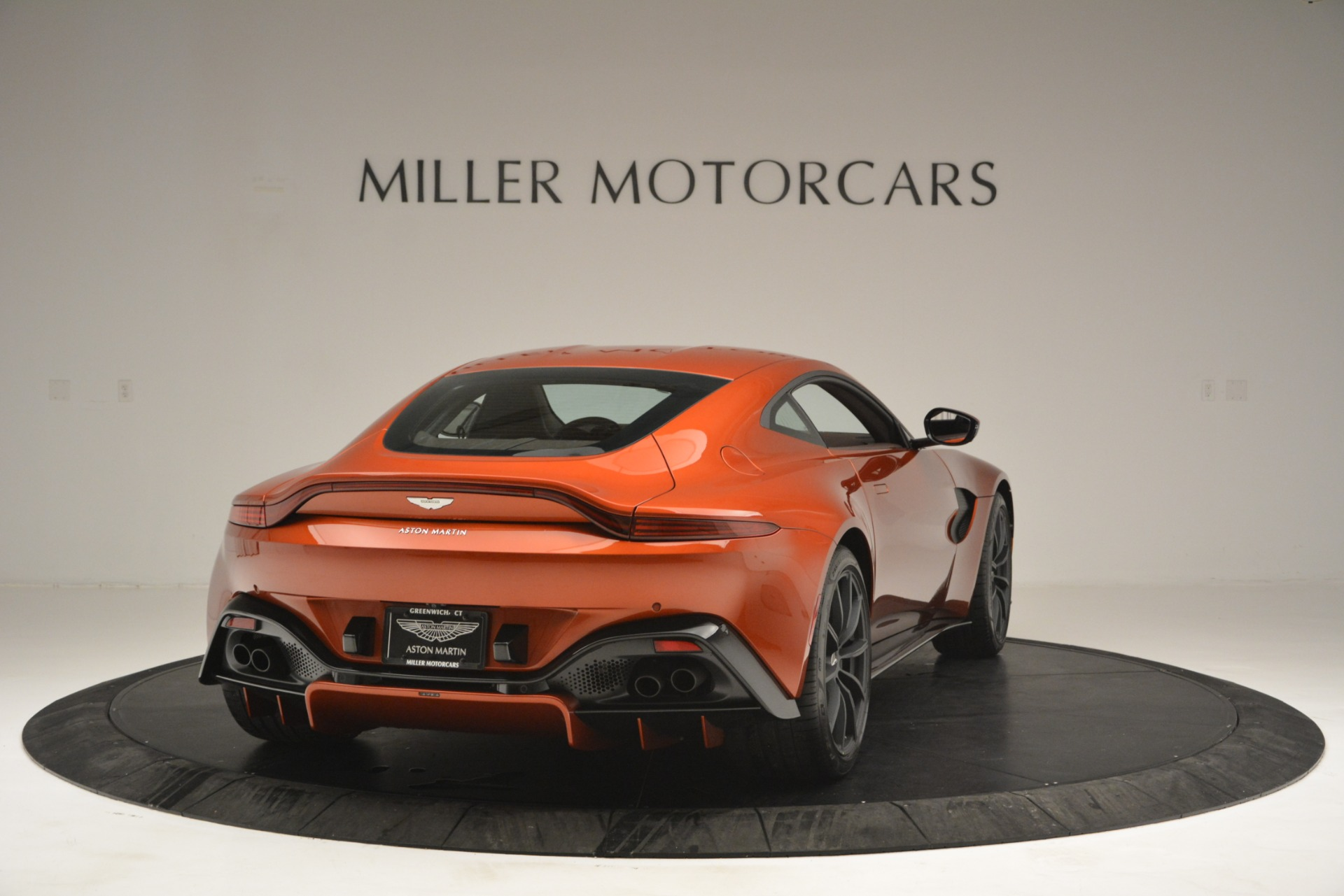 Used 2019 Aston Martin Vantage Coupe For Sale In Greenwich, CT 2784_p7