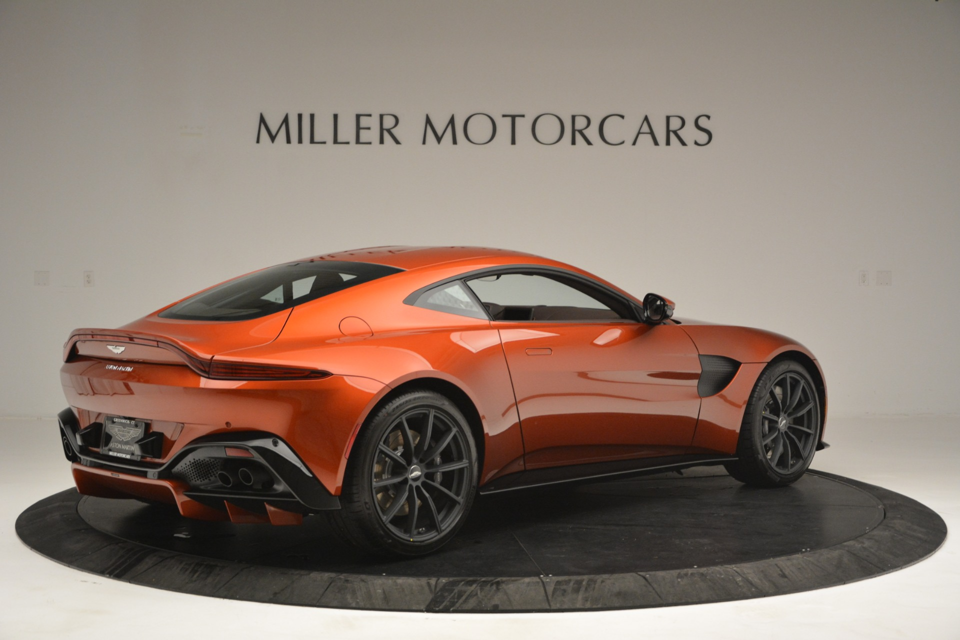 Used 2019 Aston Martin Vantage Coupe For Sale In Greenwich, CT 2784_p8