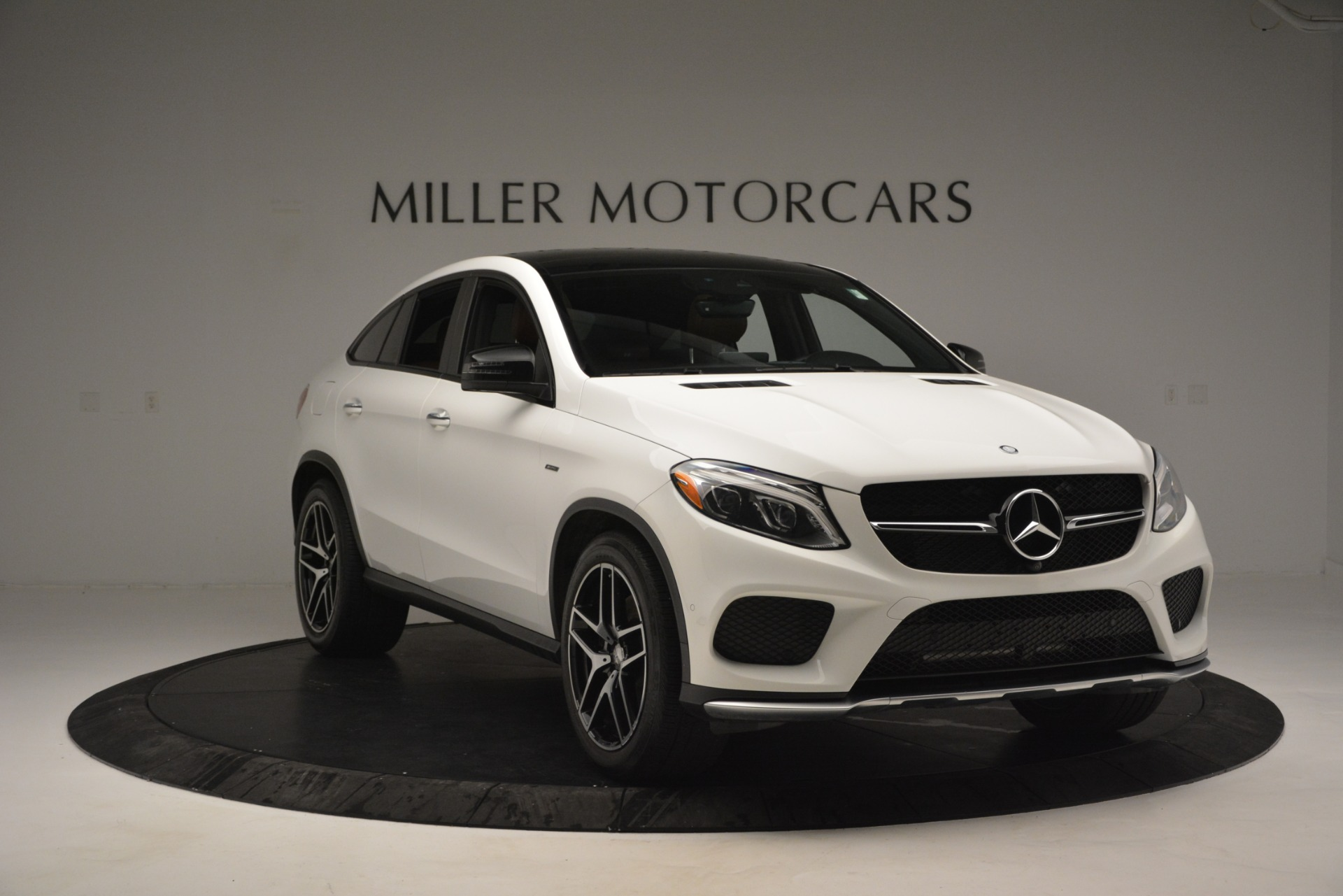 Used 2016 Mercedes-Benz GLE 450 AMG Coupe 4MATIC For Sale In Greenwich, CT 2787_p11