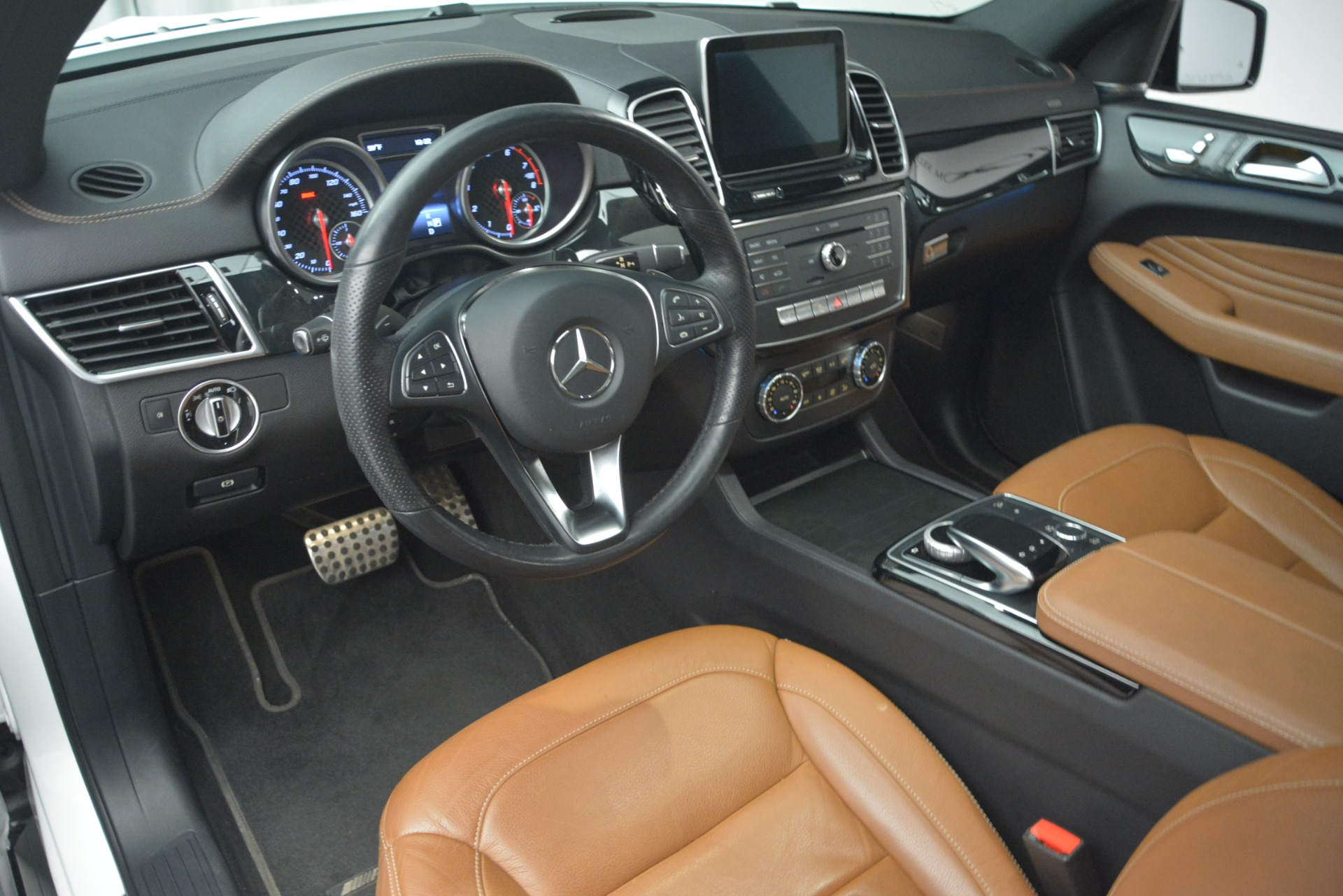 Used 2016 Mercedes-Benz GLE 450 AMG Coupe 4MATIC For Sale In Greenwich, CT 2787_p13