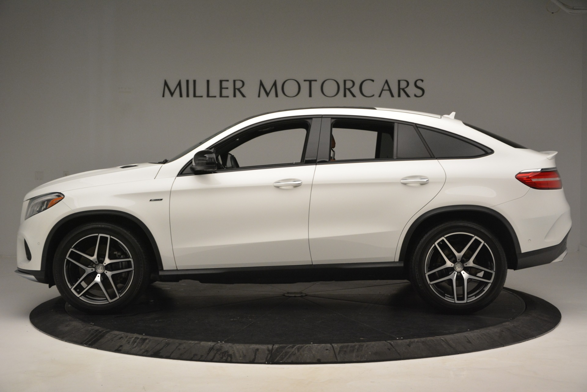 Used 2016 Mercedes-Benz GLE 450 AMG Coupe 4MATIC For Sale In Greenwich, CT 2787_p3