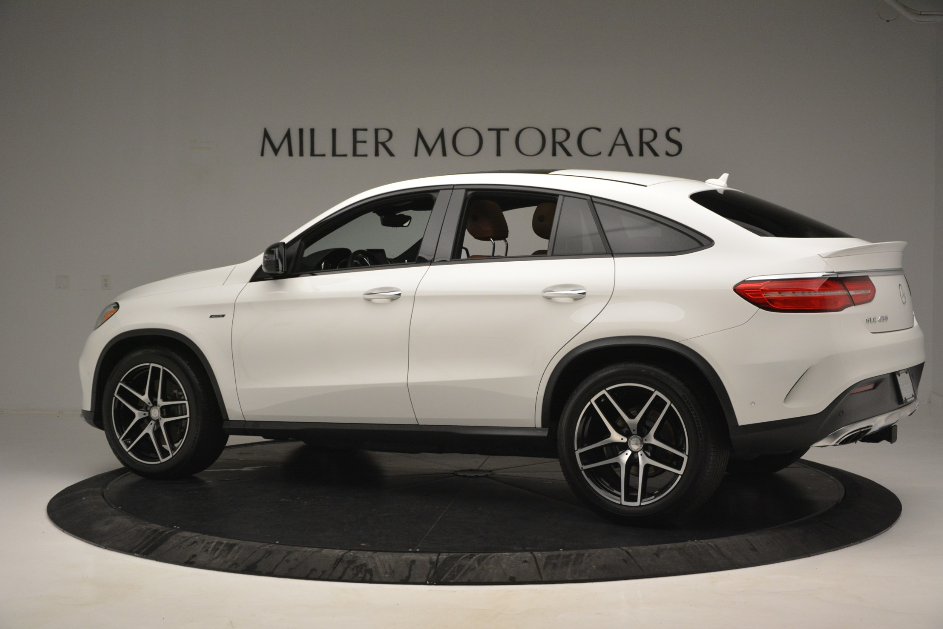 Used 2016 Mercedes-Benz GLE 450 AMG Coupe 4MATIC For Sale In Greenwich, CT 2787_p4