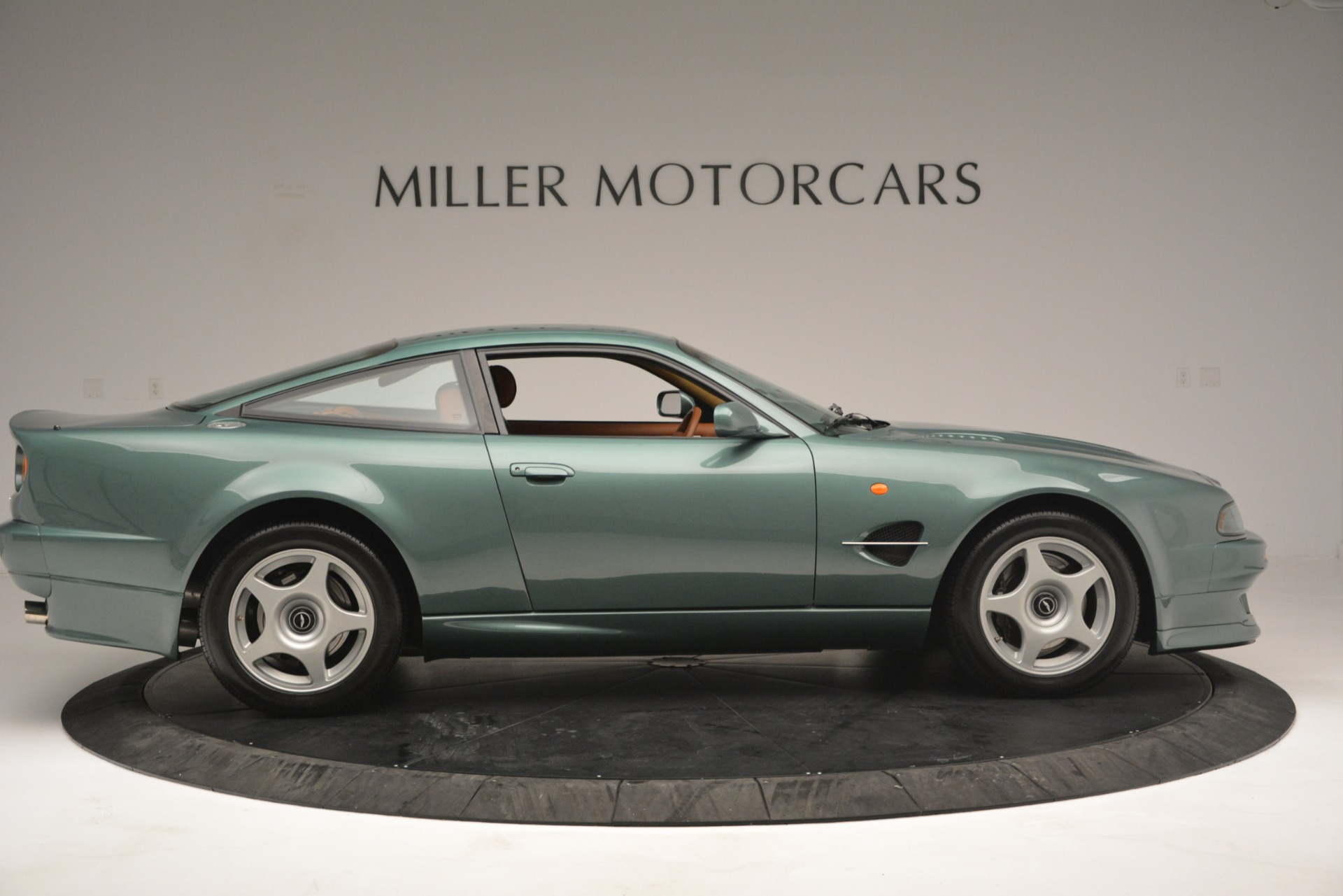 Used 1999 Aston Martin V8 Vantage Le Mans V600 Coupe For Sale In Greenwich, CT 2789_p10