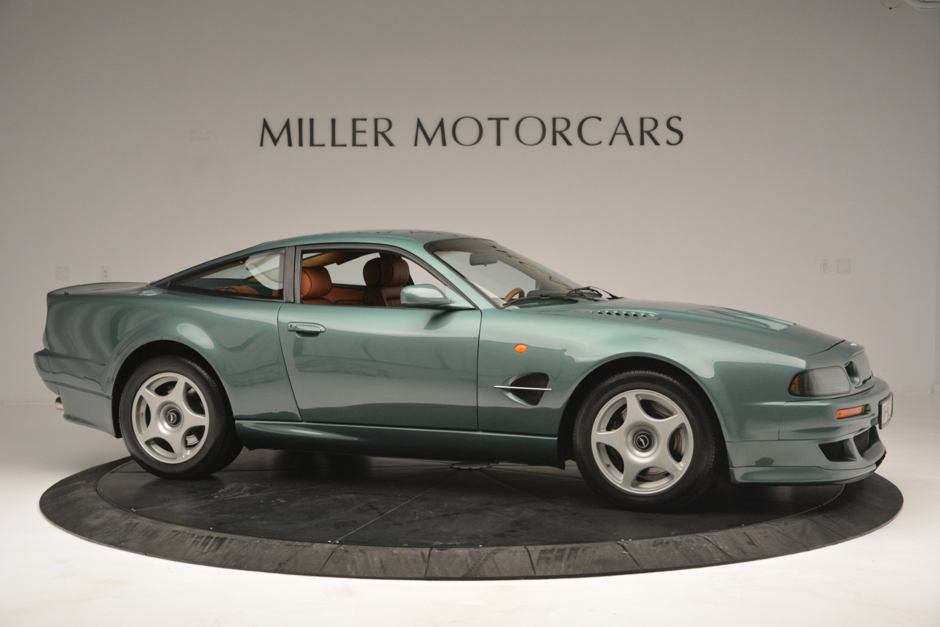 Used 1999 Aston Martin V8 Vantage Le Mans V600 Coupe For Sale In Greenwich, CT 2789_p11