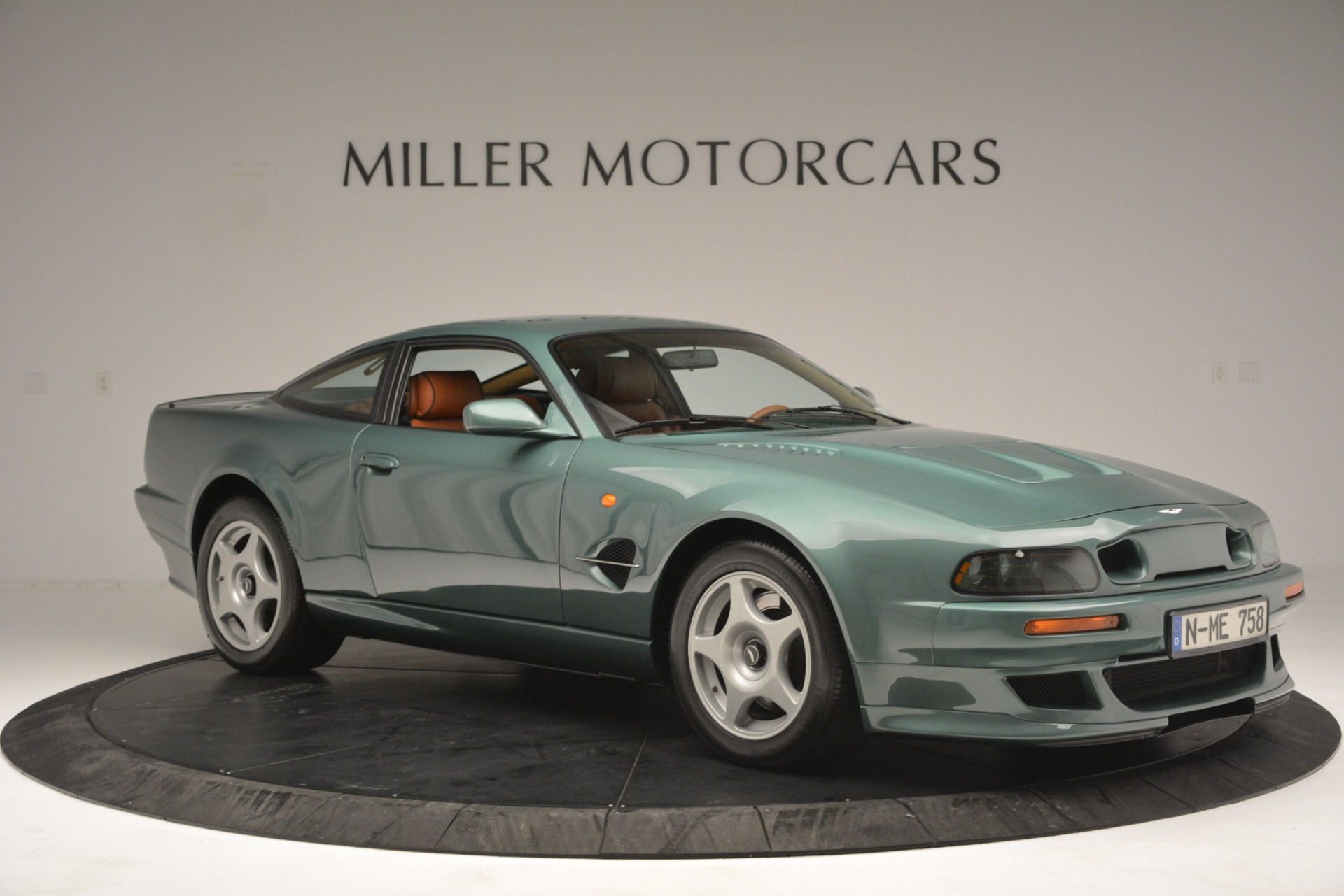 Used 1999 Aston Martin V8 Vantage Le Mans V600 Coupe For Sale In Greenwich, CT 2789_p12