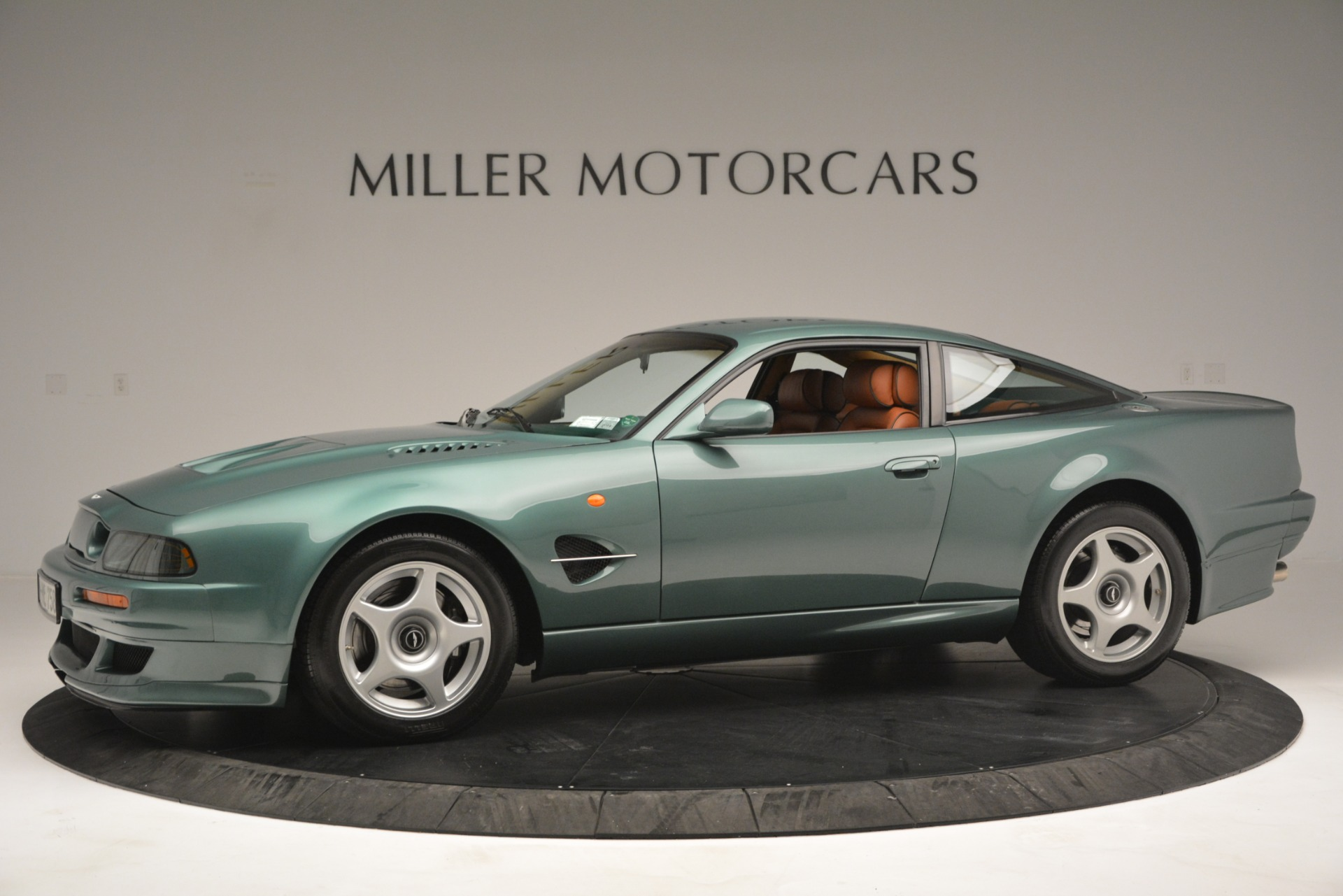 Used 1999 Aston Martin V8 Vantage Le Mans V600 Coupe For Sale In Greenwich, CT 2789_p3