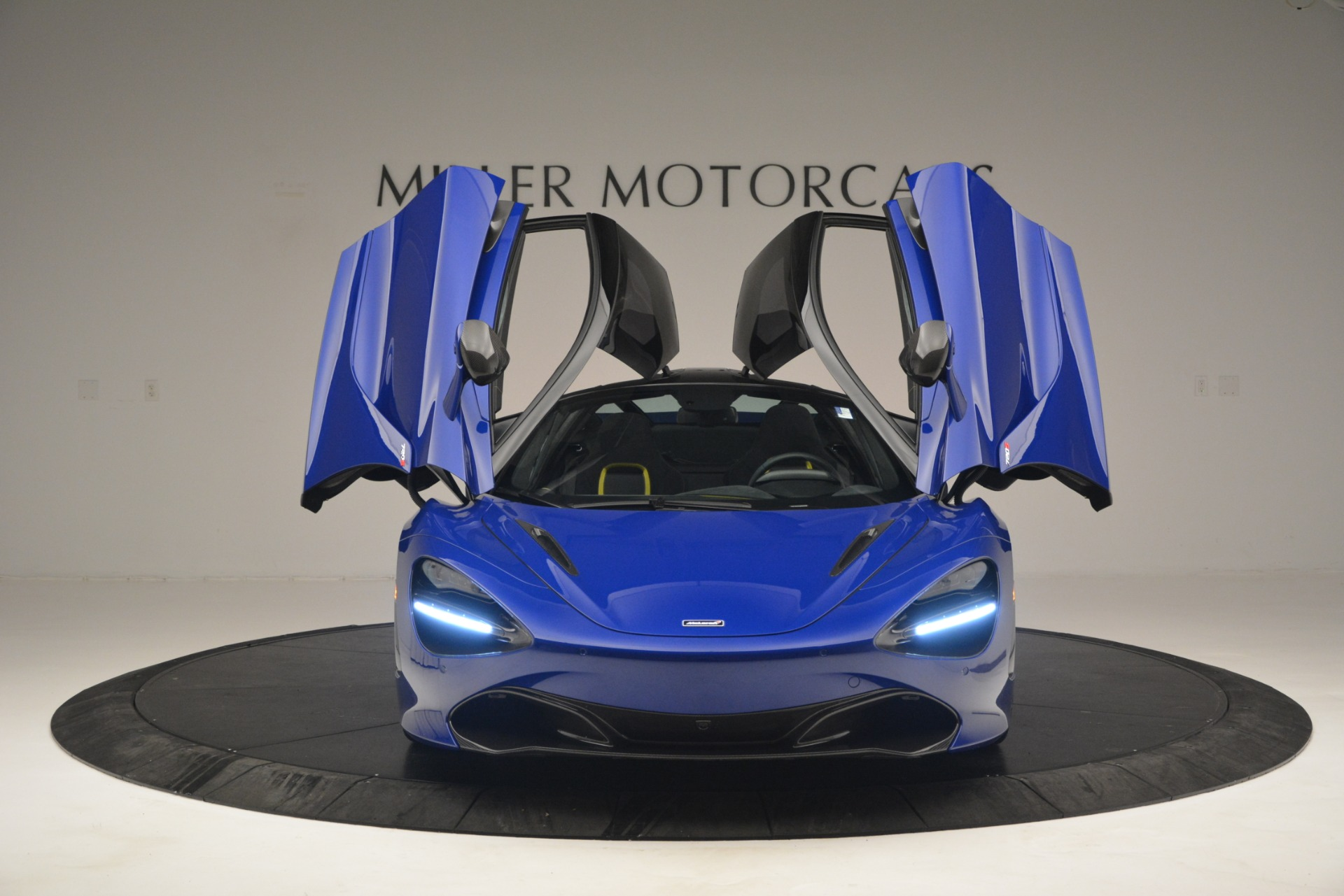 Used 2018 McLaren 720S Performance For Sale In Greenwich, CT 2804_p13