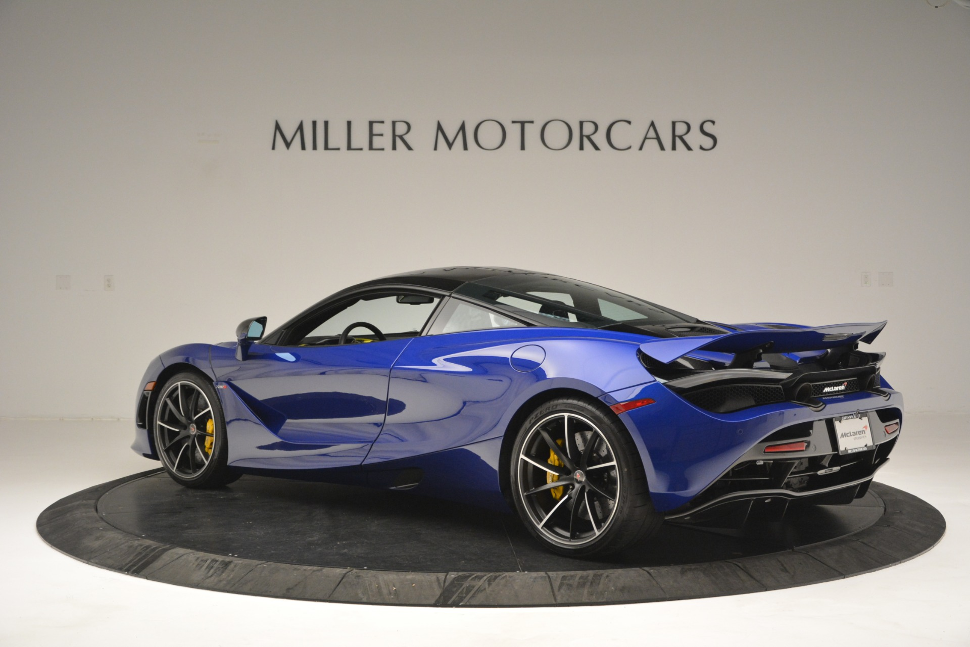 Used 2018 McLaren 720S Performance For Sale In Greenwich, CT 2804_p4