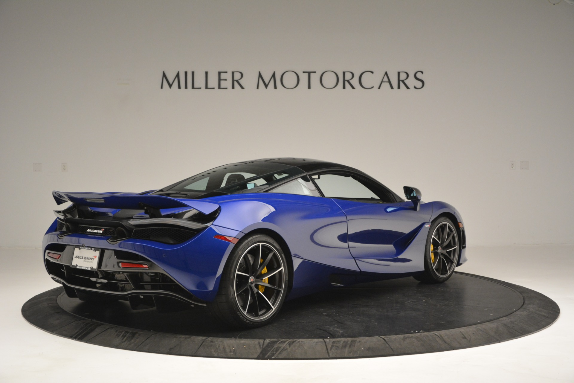 Used 2018 McLaren 720S Performance For Sale In Greenwich, CT 2804_p7
