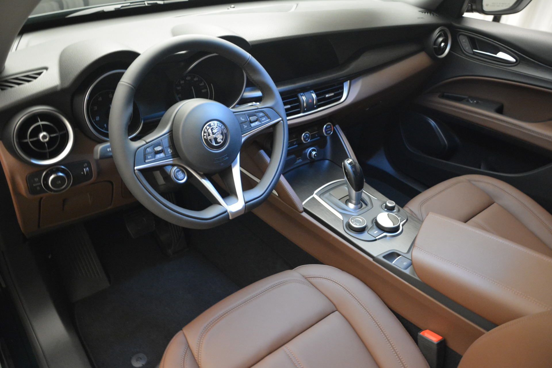 New 2019 Alfa Romeo Stelvio Q4 For Sale In Greenwich, CT 2812_p14