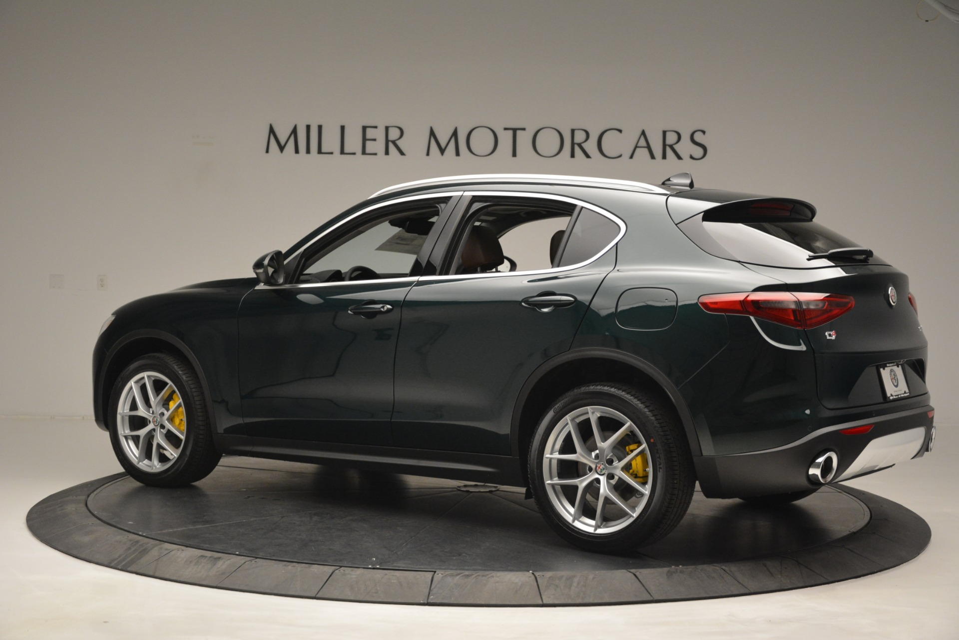 New 2019 Alfa Romeo Stelvio Q4 For Sale In Greenwich, CT 2812_p4