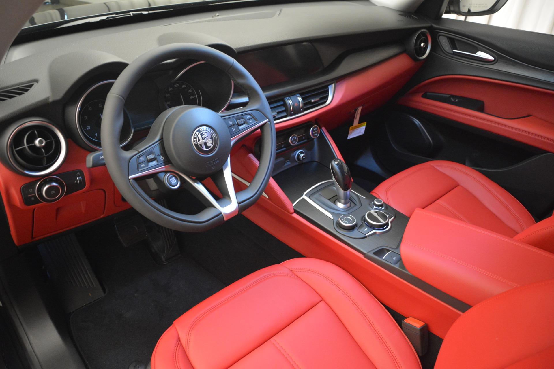 New 2019 Alfa Romeo Stelvio Q4 For Sale In Greenwich, CT 2818_p14