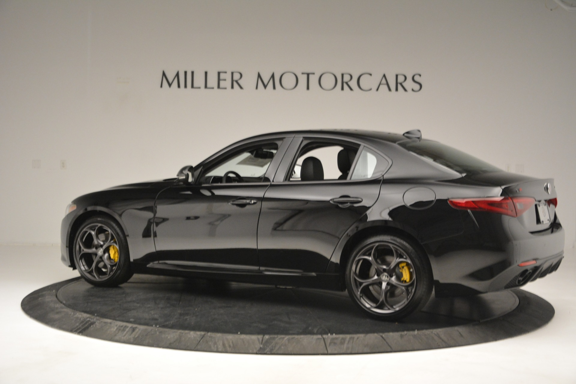 New 2019 Alfa Romeo Giulia Ti Sport Q4 For Sale In Greenwich, CT 2825_p4
