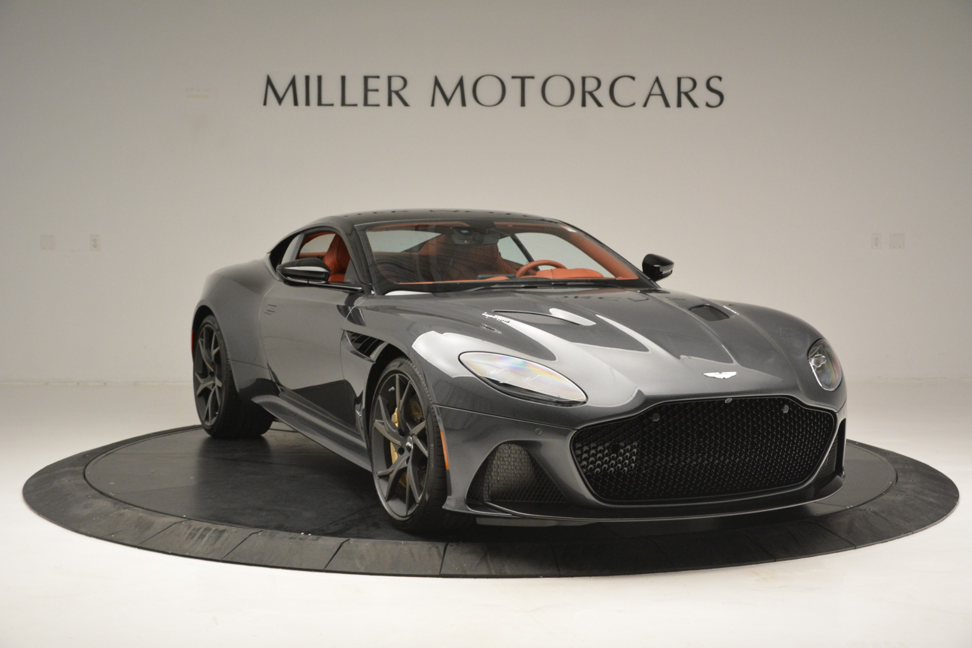 New 2019 Aston Martin DBS Superleggera For Sale In Greenwich, CT 2827_p11