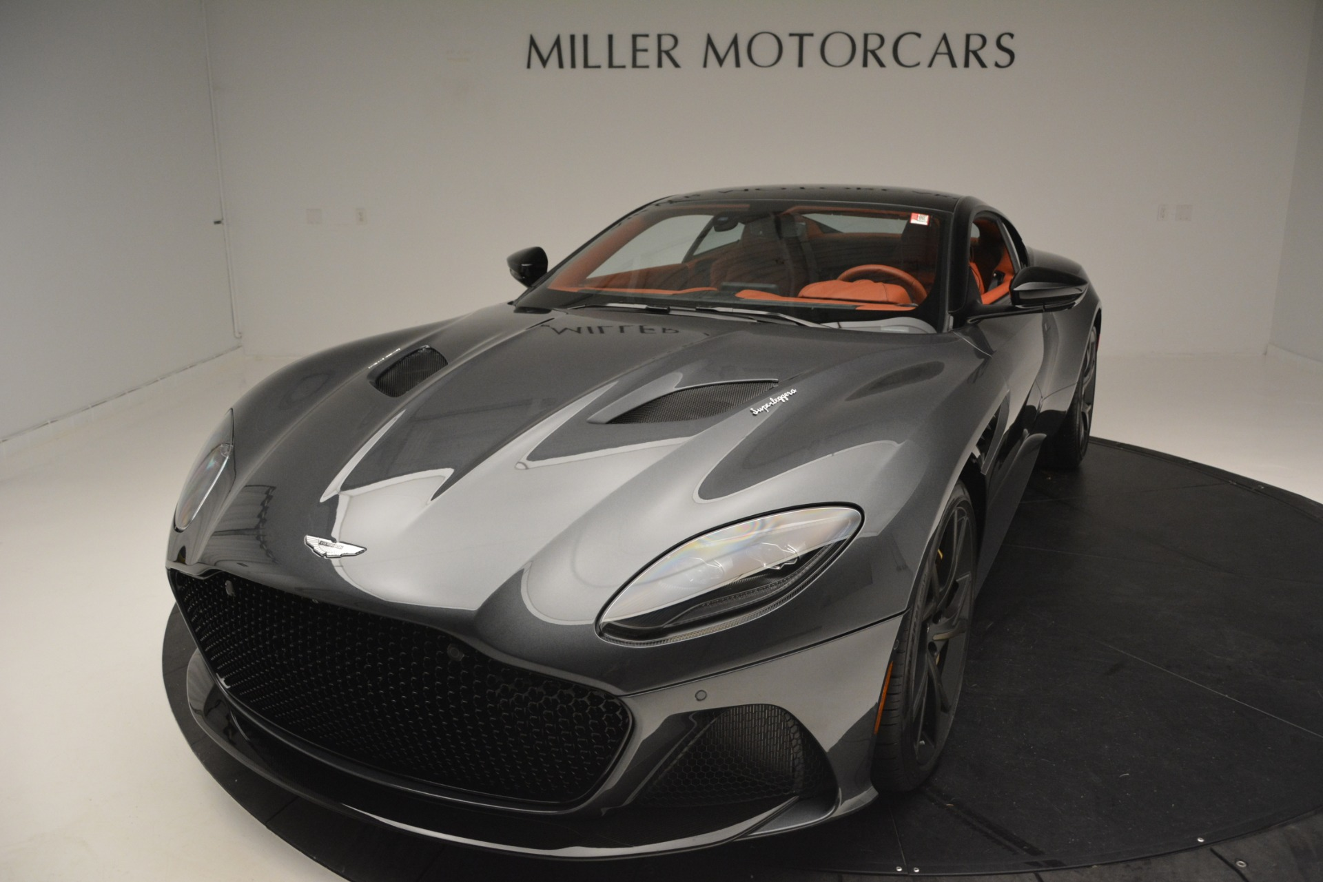 New 2019 Aston Martin DBS Superleggera For Sale In Greenwich, CT 2827_p16