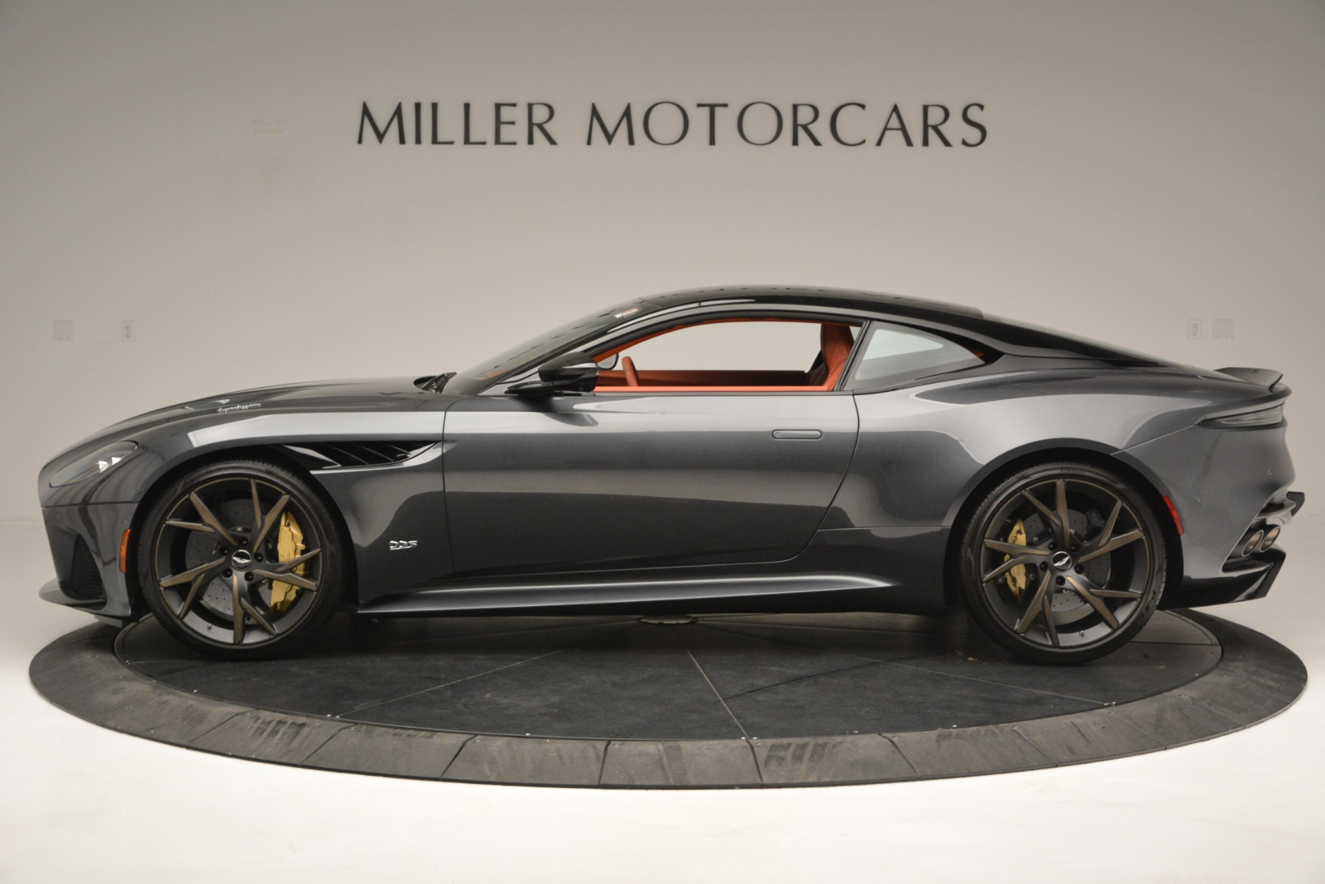 New 2019 Aston Martin DBS Superleggera For Sale In Greenwich, CT 2827_p3