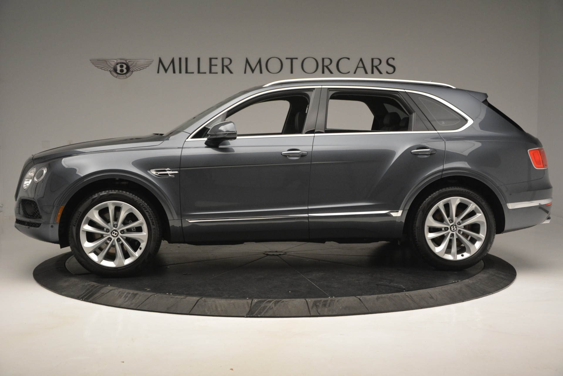 Used 2019 Bentley Bentayga V8 For Sale In Greenwich, CT 2828_p3