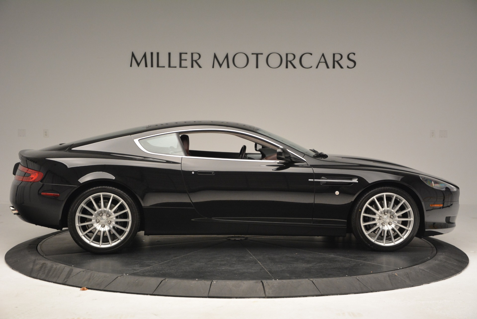Used 2006 Aston Martin DB9  For Sale In Greenwich, CT 2832_p9