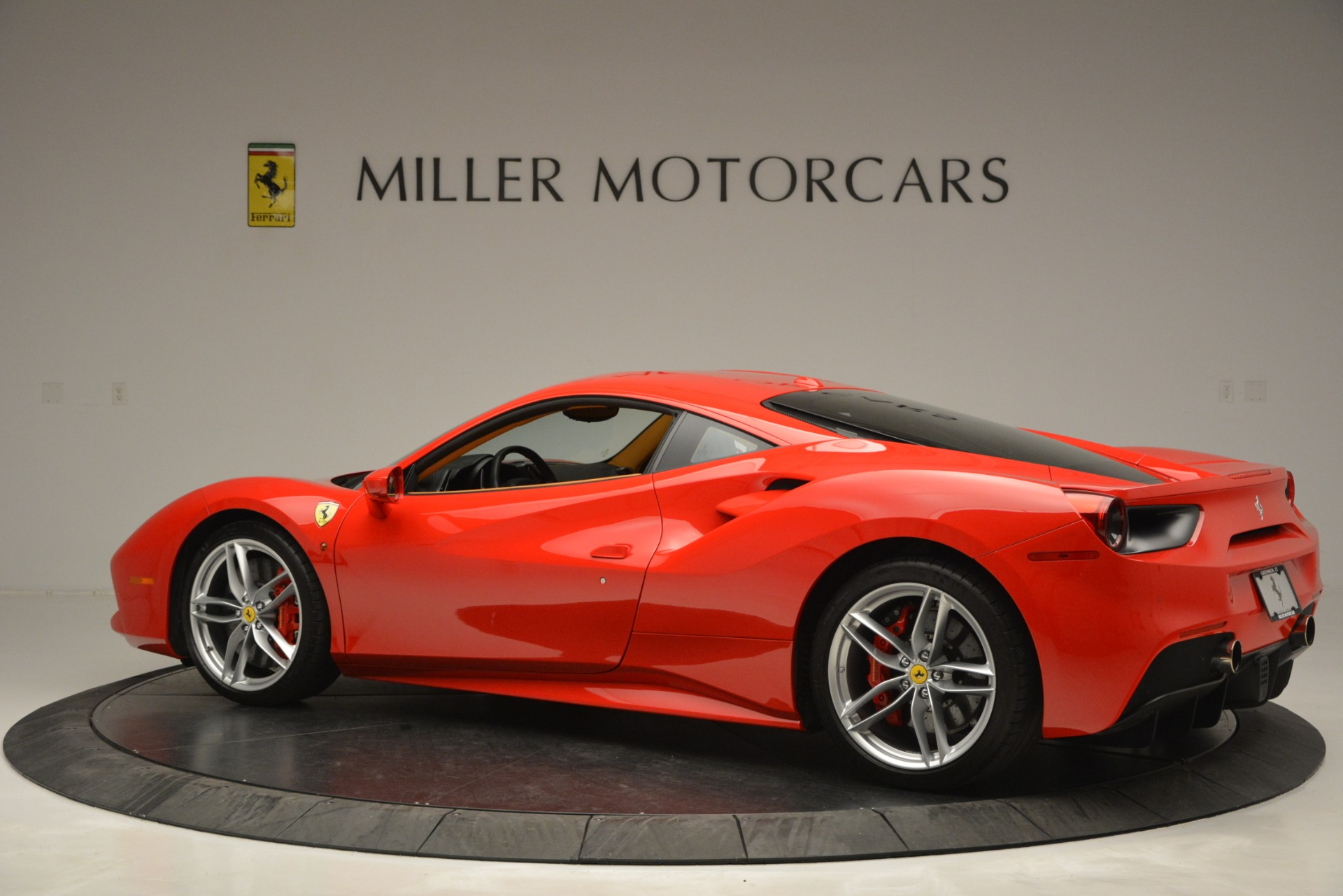 Used 2016 Ferrari 488 GTB  For Sale In Greenwich, CT 2835_p4