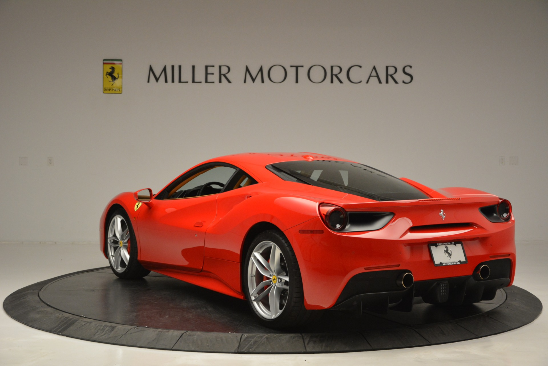 Used 2016 Ferrari 488 GTB  For Sale In Greenwich, CT 2835_p5