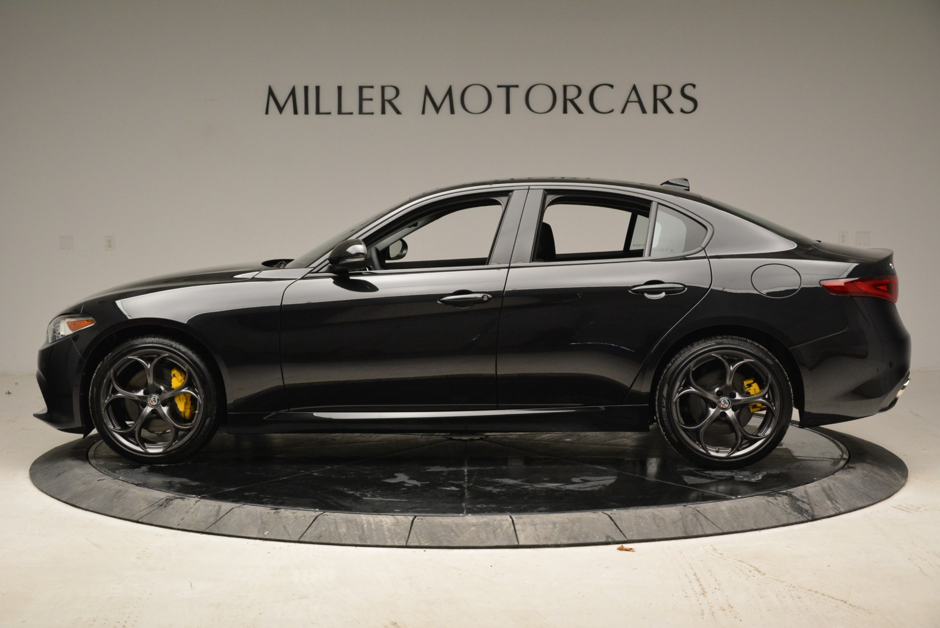 New 2019 Alfa Romeo Giulia Ti Sport Q4 For Sale In Greenwich, CT 2840_p3
