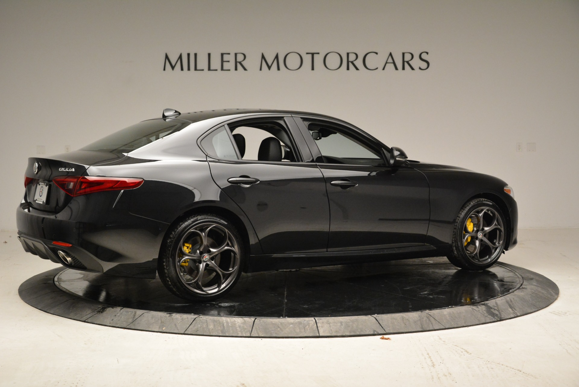 New 2019 Alfa Romeo Giulia Ti Sport Q4 For Sale In Greenwich, CT 2840_p8
