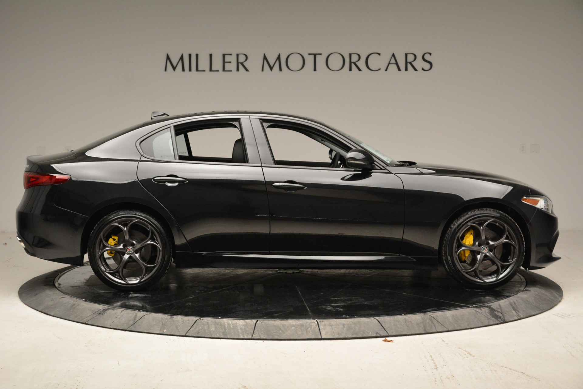 New 2019 Alfa Romeo Giulia Ti Sport Q4 For Sale In Greenwich, CT 2840_p9