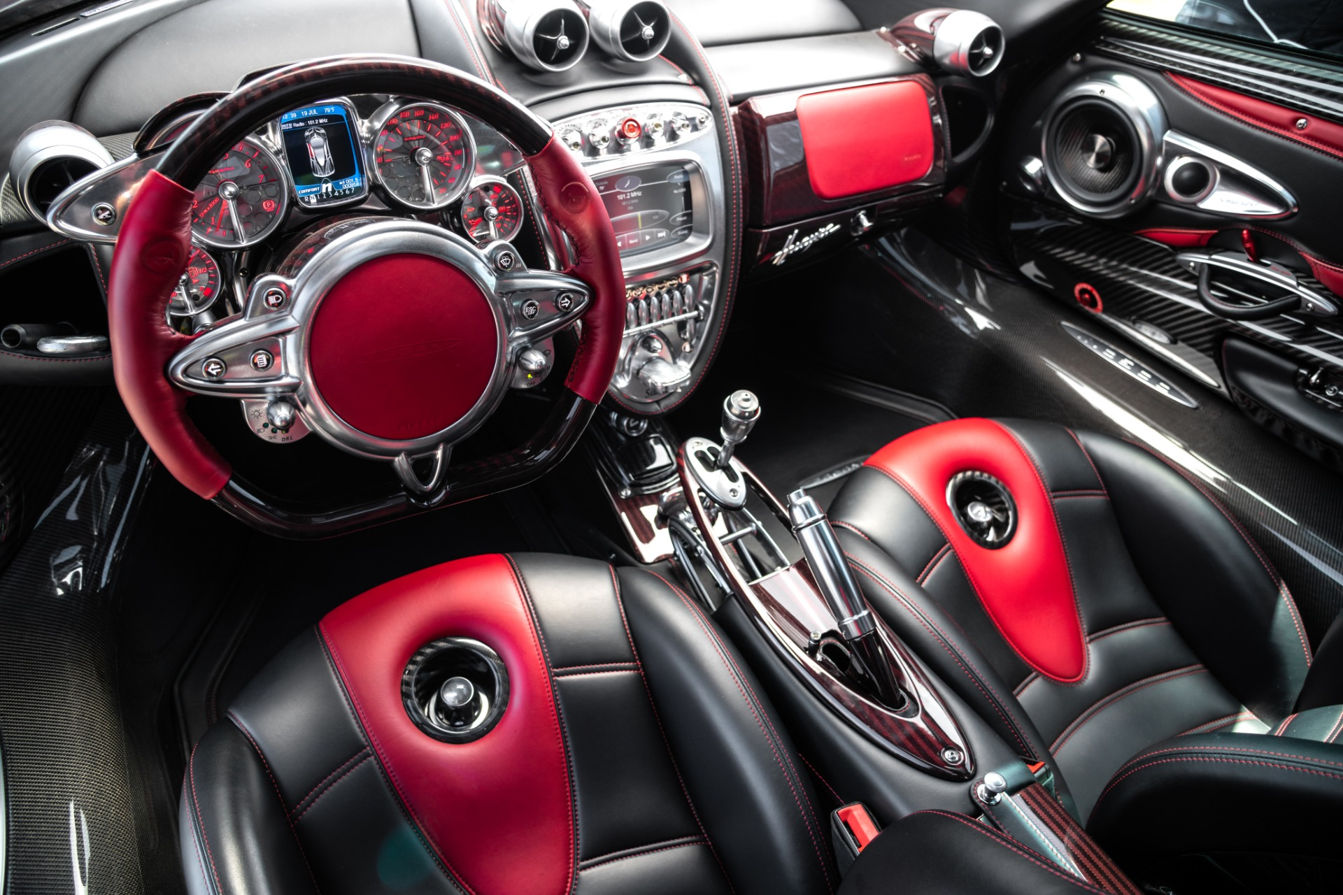 Used 2014 Pagani Huayra Tempesta For Sale In Greenwich, CT 2841_p7