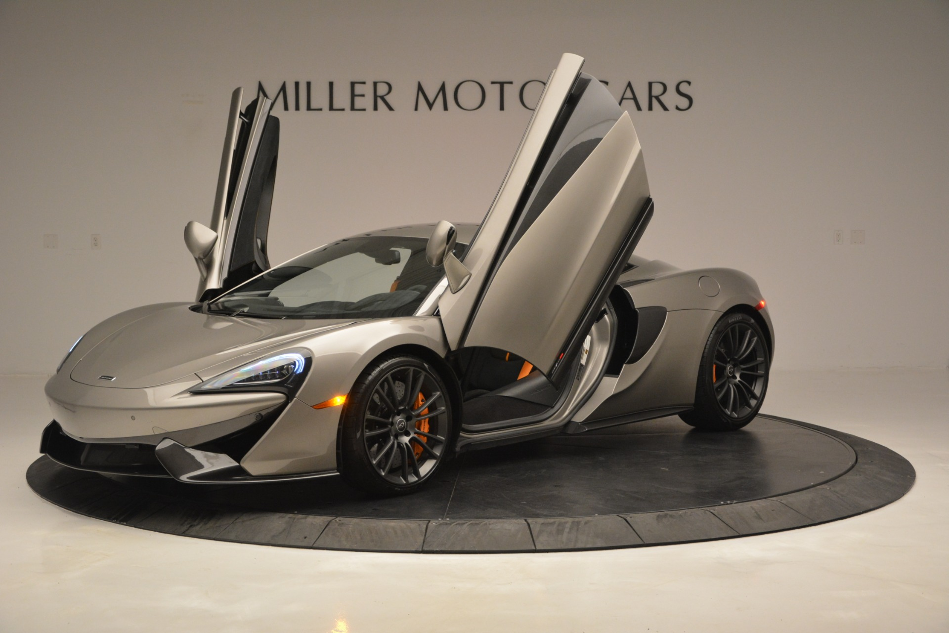 Used 2017 McLaren 570S Coupe For Sale In Greenwich, CT 2842_p14