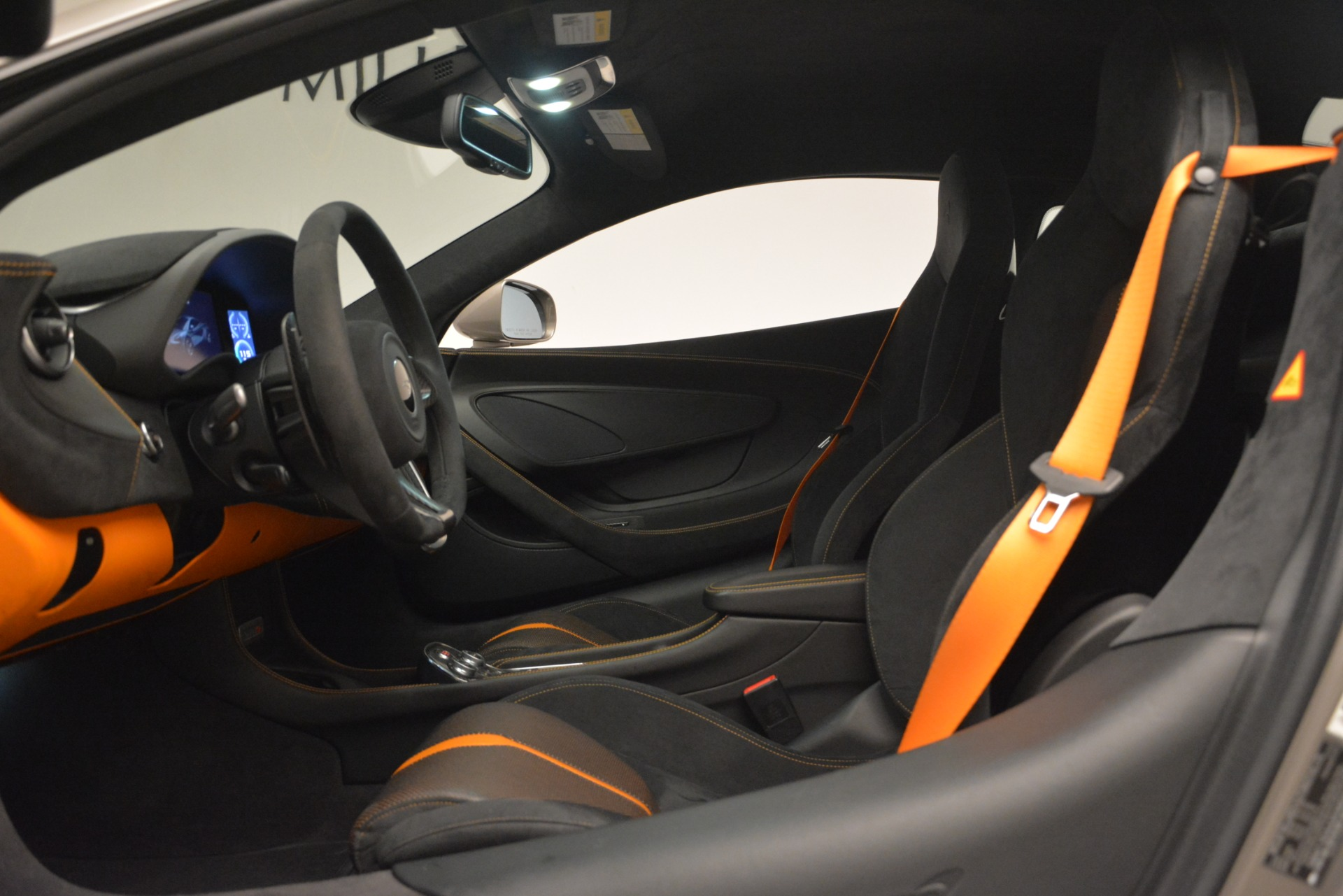 Used 2017 McLaren 570S Coupe For Sale In Greenwich, CT 2842_p16