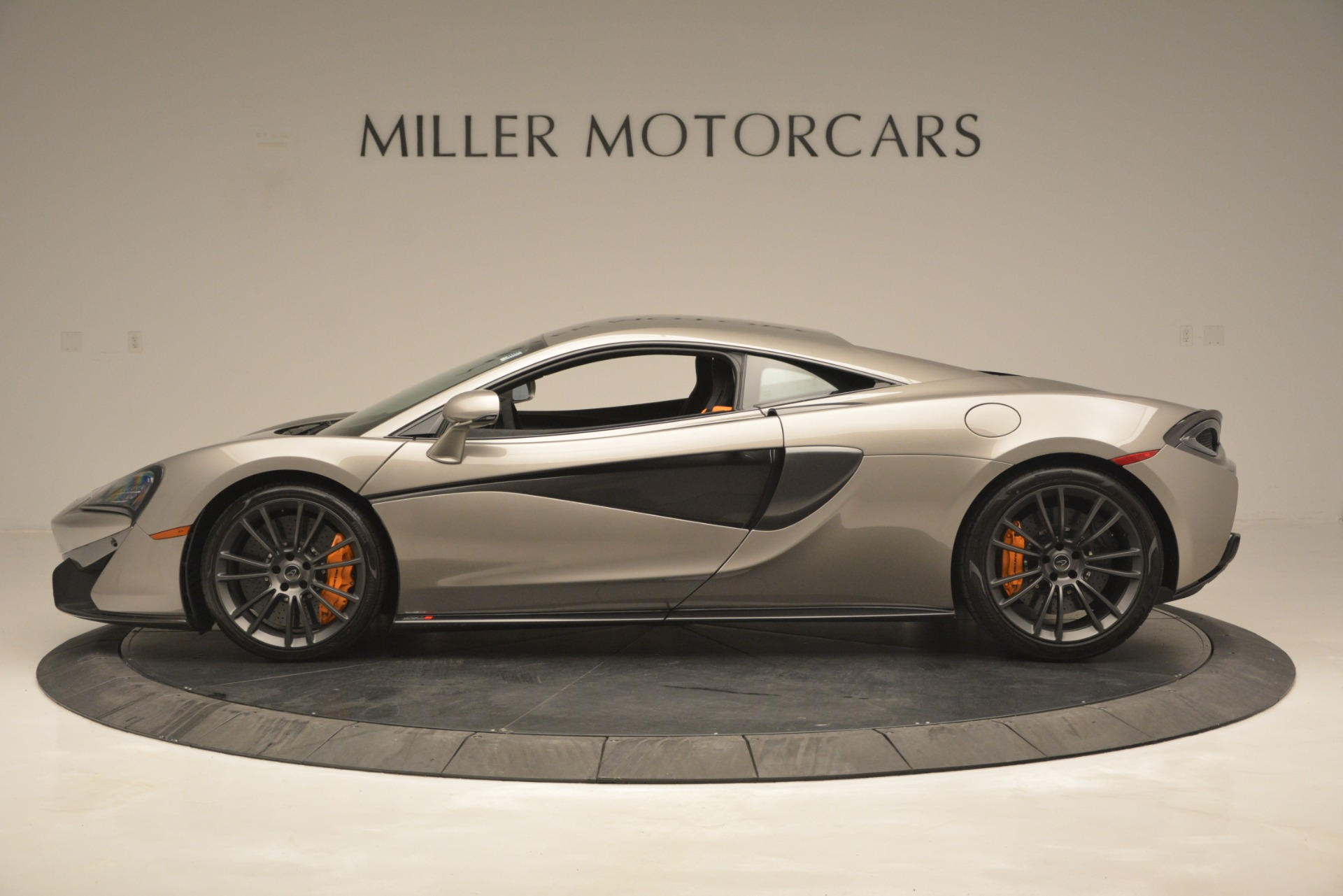Used 2017 McLaren 570S Coupe For Sale In Greenwich, CT 2842_p3