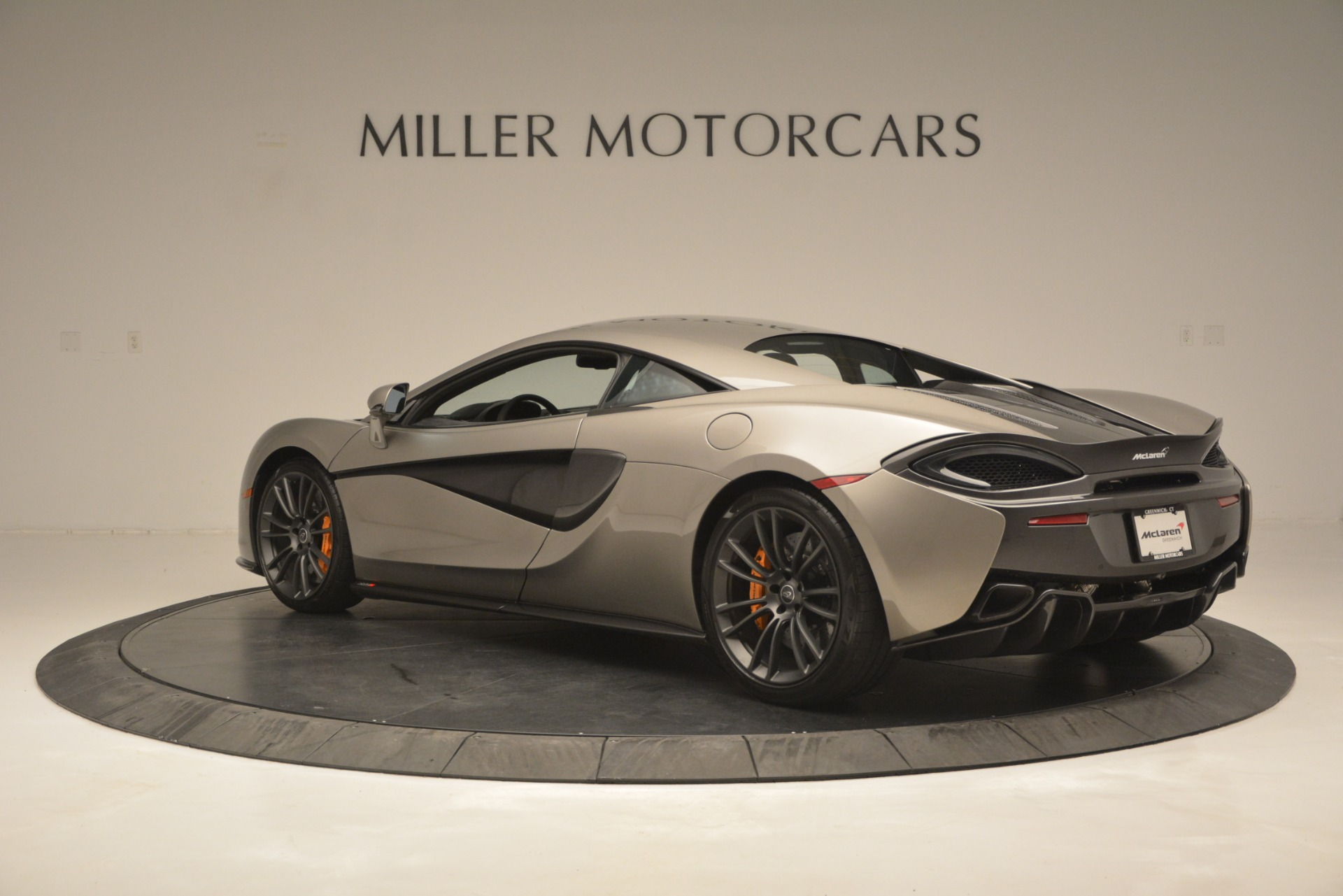 Used 2017 McLaren 570S Coupe For Sale In Greenwich, CT 2842_p4
