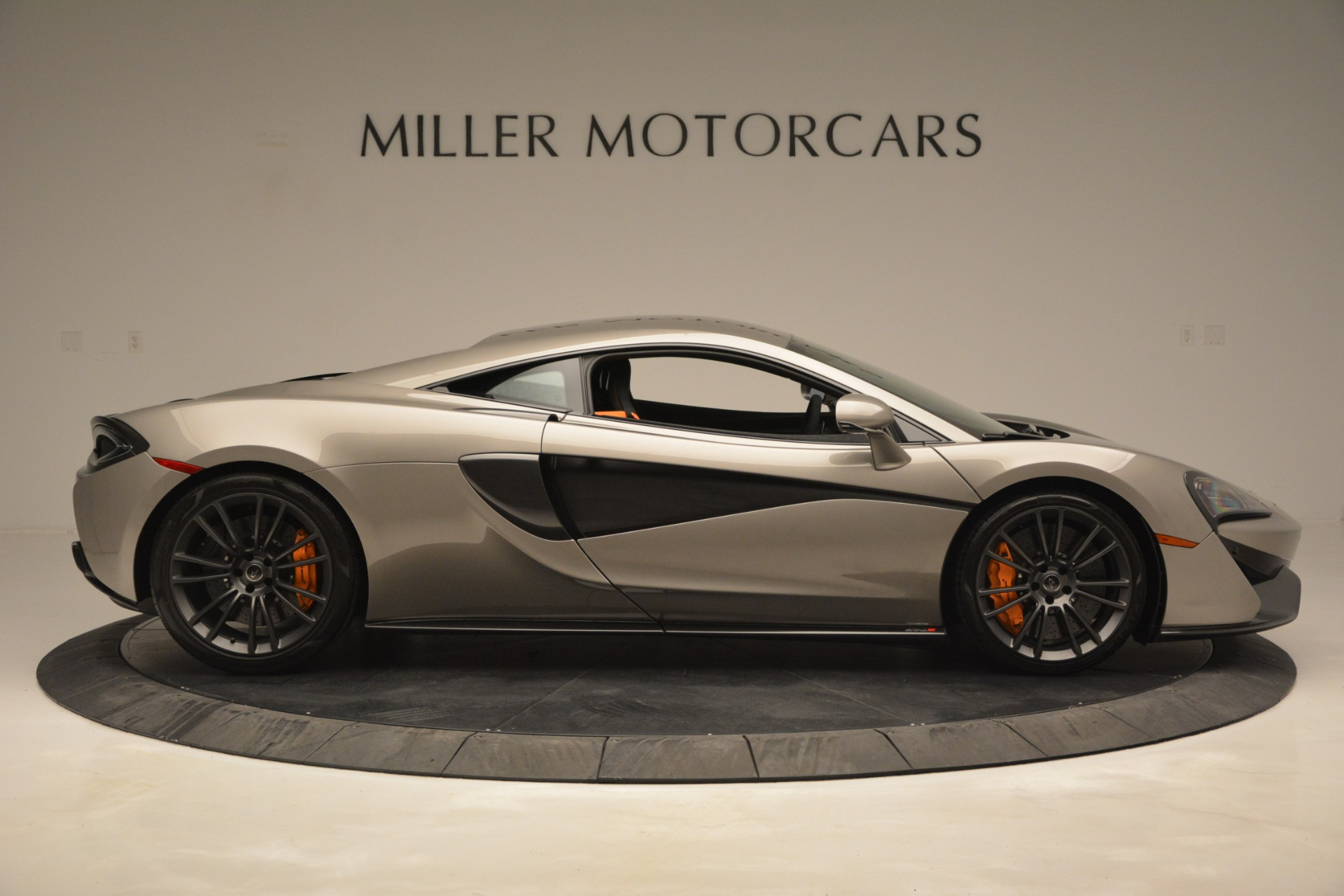 Used 2017 McLaren 570S Coupe For Sale In Greenwich, CT 2842_p9
