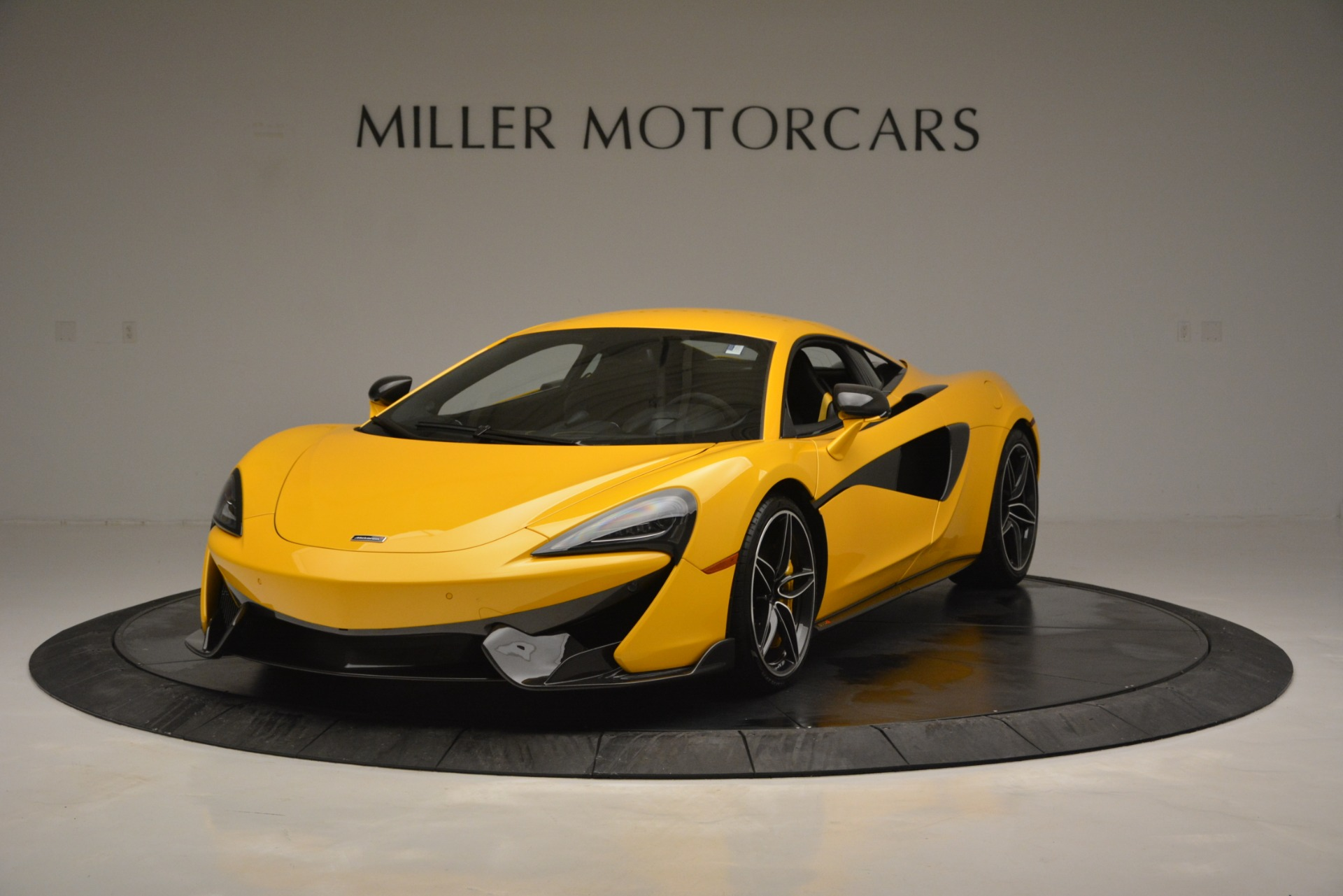 Used 2017 McLaren 570S  For Sale In Greenwich, CT 2843_main